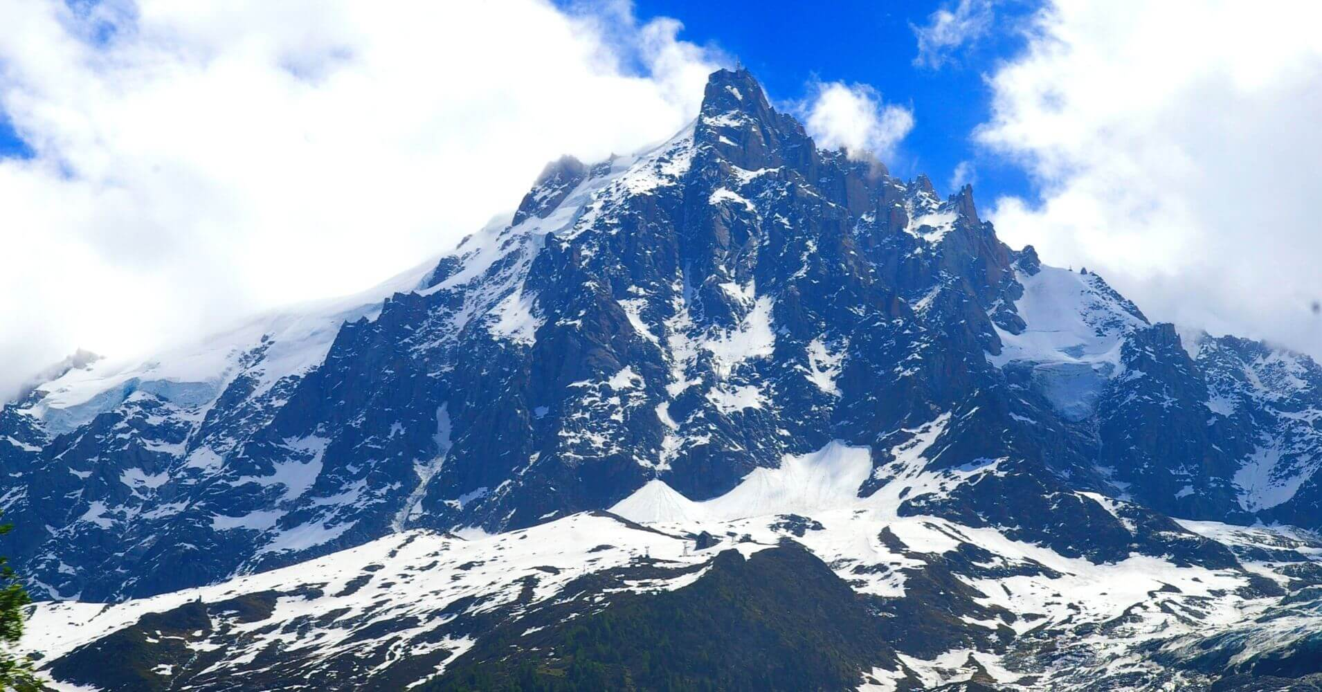 Aiguille du Midi. Cordillera de los Alpes. Chamonix, Francia.