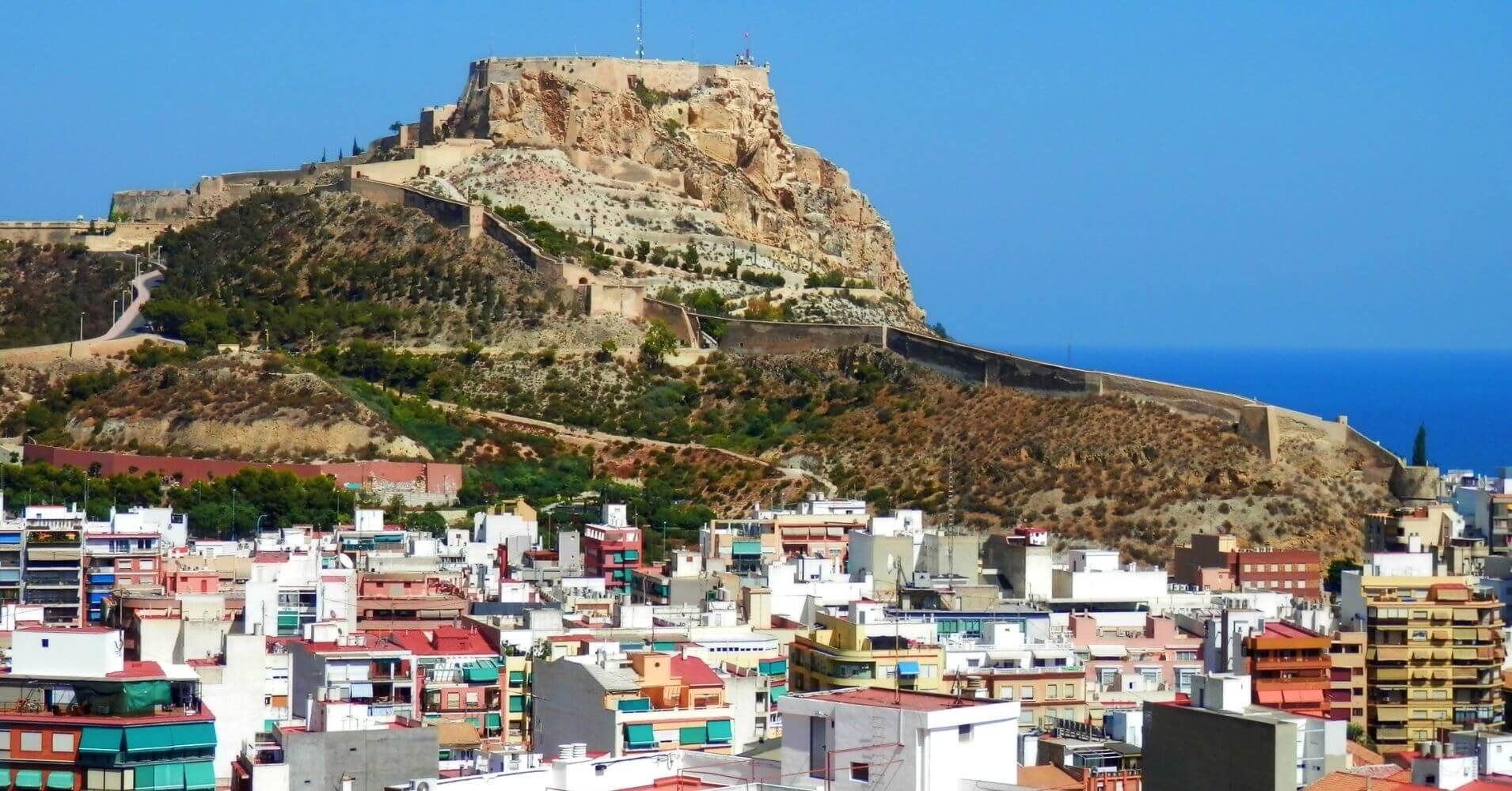 Alacant el Hito Blanco en Alicante. Comunidad Valenciana.