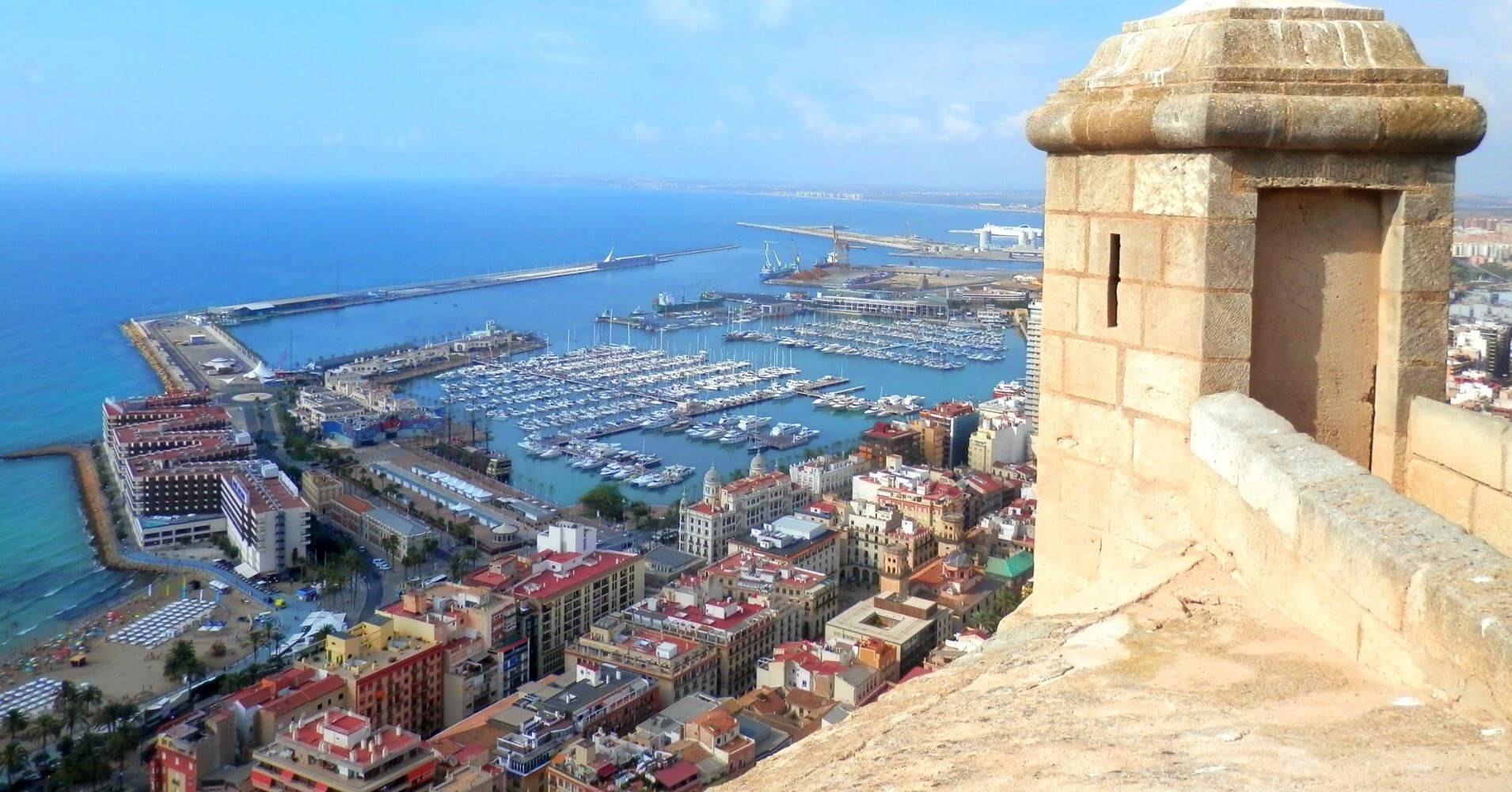 Alicante desde el Castillo de Santa Bárbara. Comunidad Valenciana.