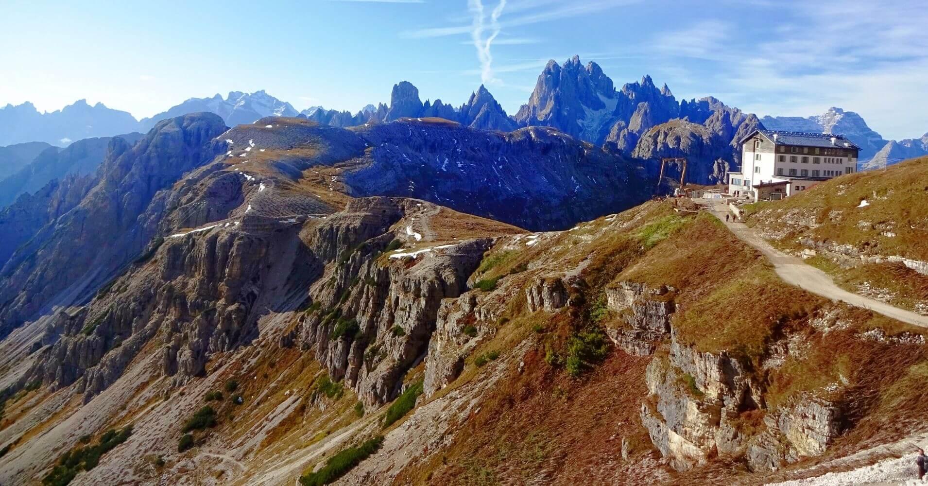 Alpes Dolomitas. Refugio de Arounzo. Alrededores de Cortina d' Ampezzo. Belluno, Véneto. Italia.