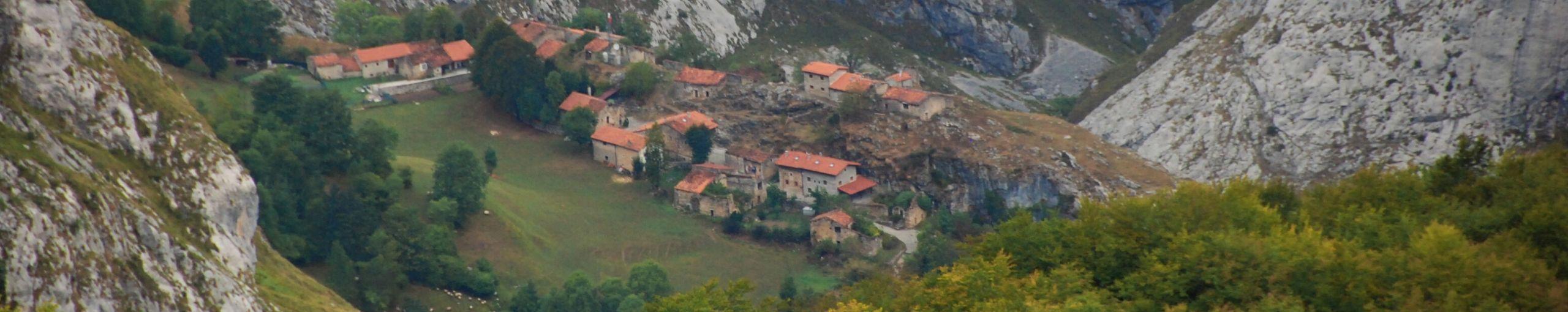 Bulnes, Asturias. Picos de Europa.