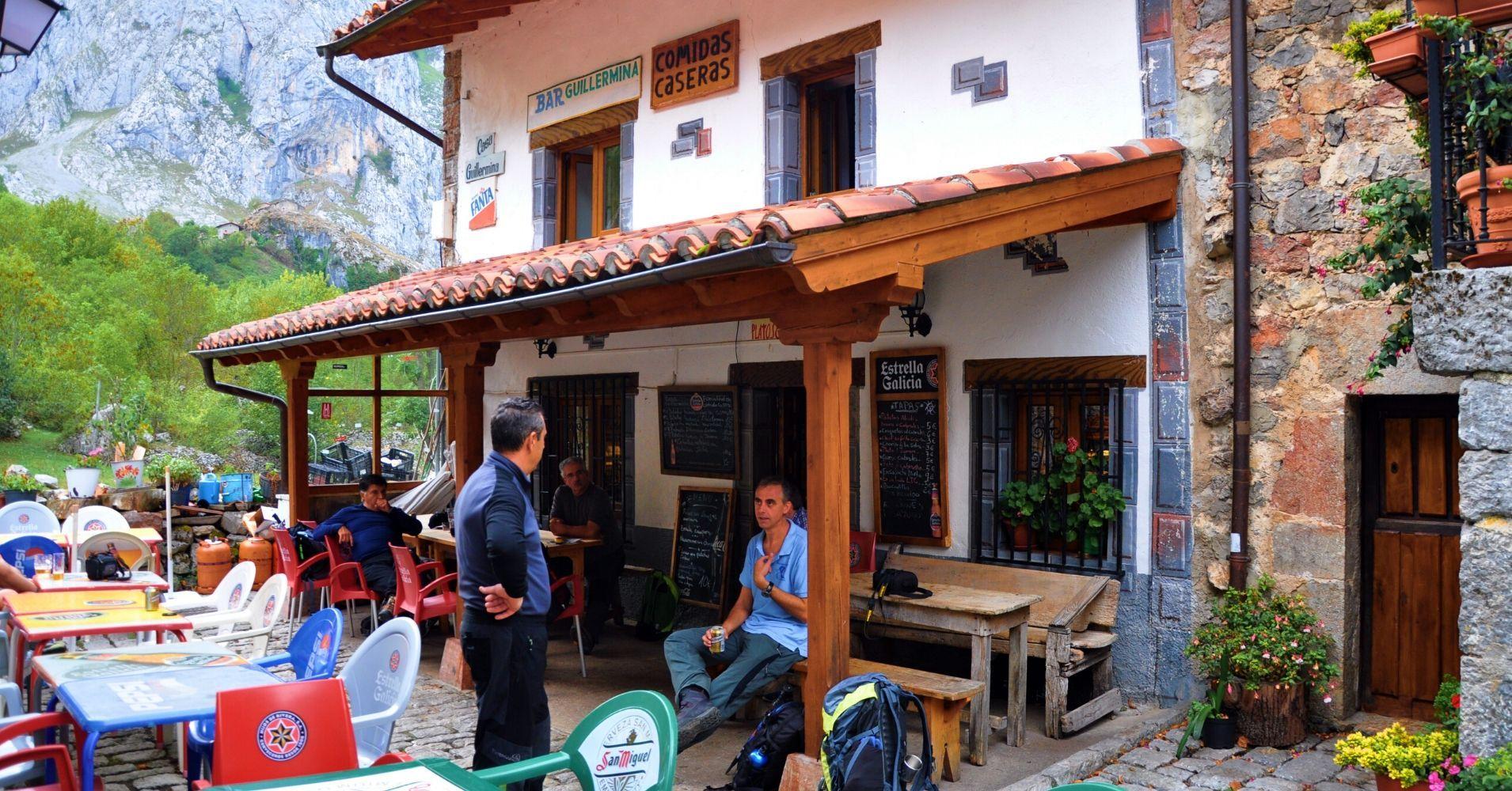 Casa Guillermina. Picos de Europa. Bulnes vivencia personal. Asturias.