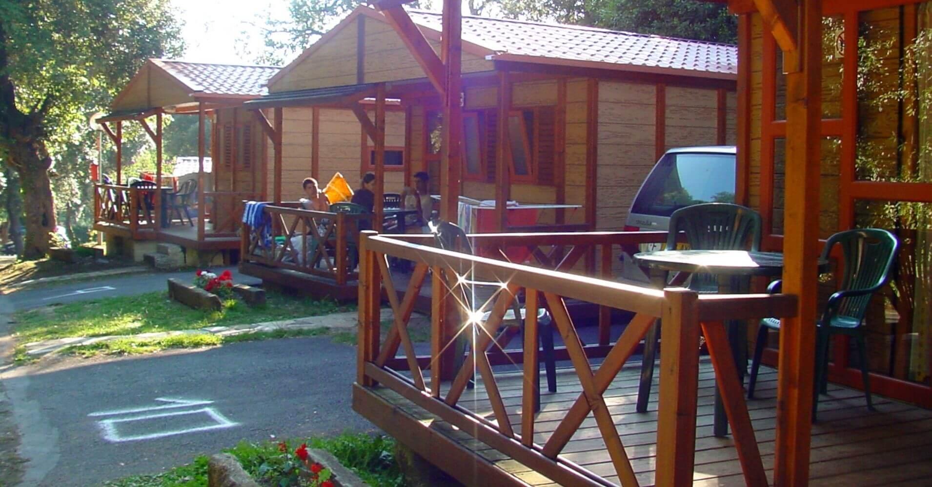 Bungalows del Camping Ribadesella, Asturias.