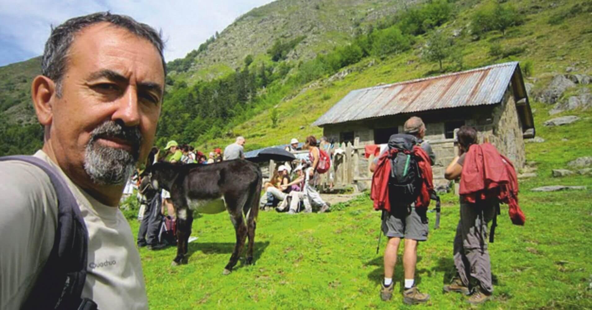Cabaña de la Baigt de St. Cours. Valle de Aspe. Etsaut. Pirineos Atlánticos. Nueva Aquitania. Francia.