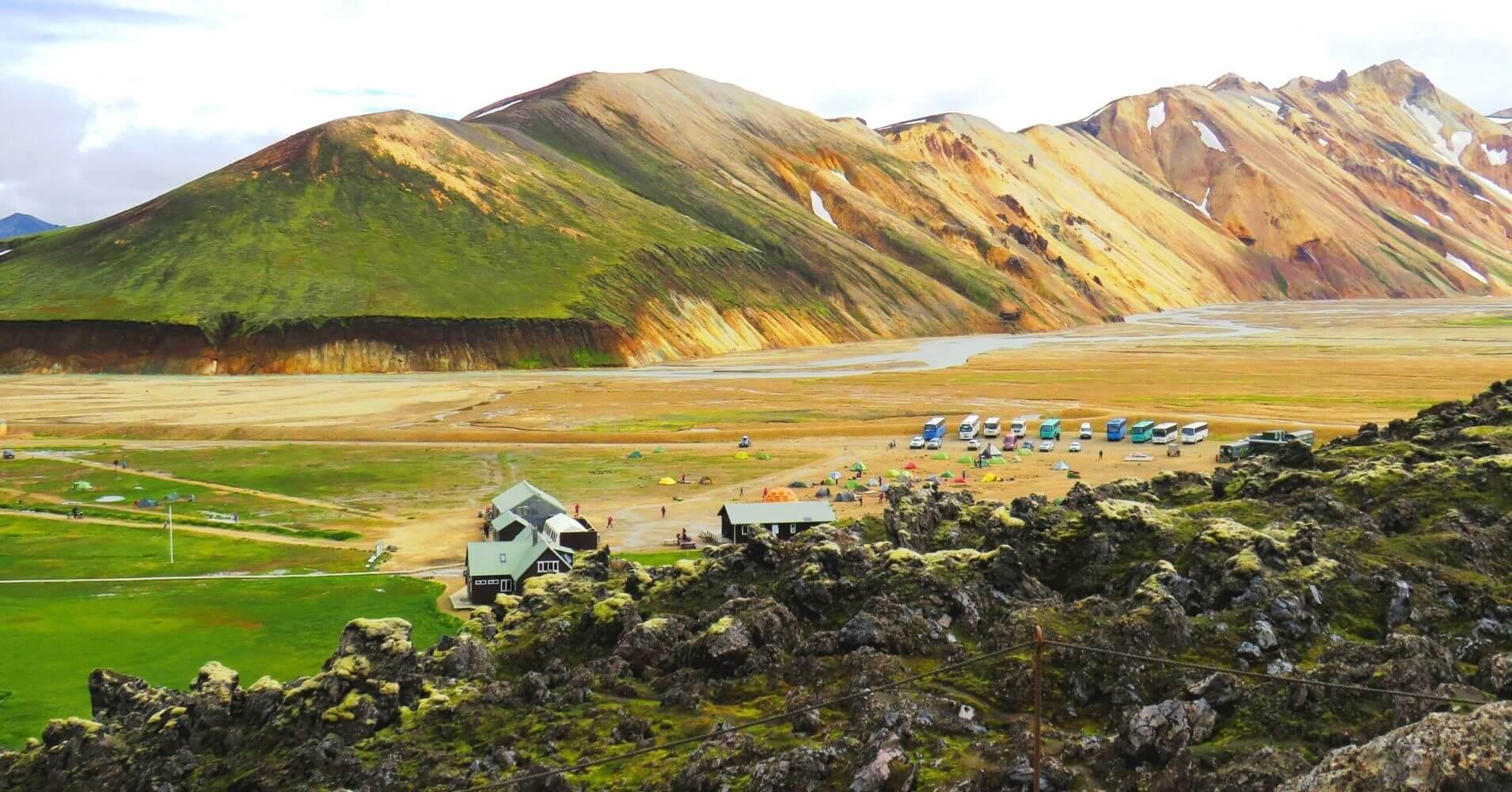 Camping de Landmannalaugar. Tierras Altas de Islandia.