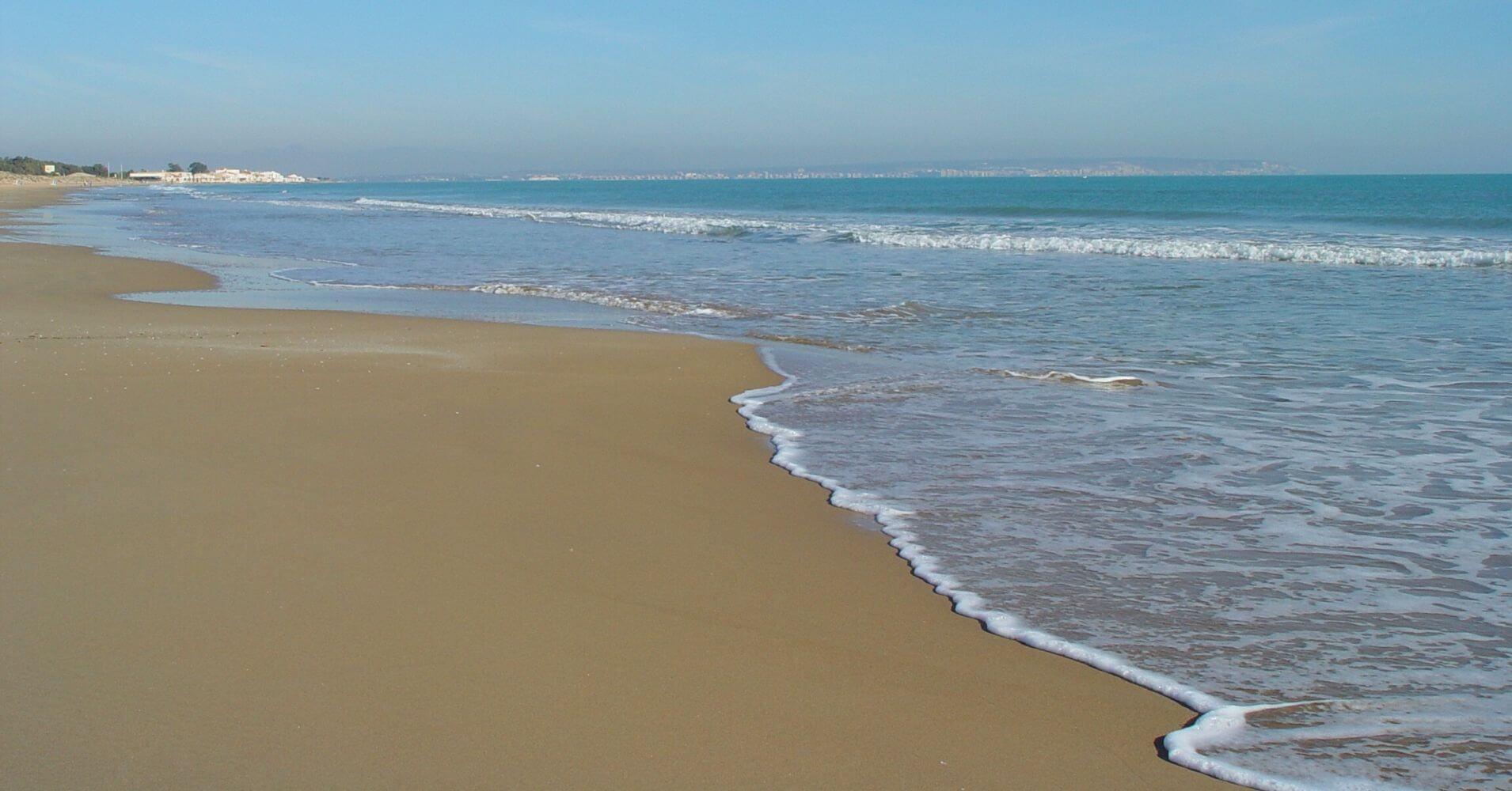 Nudismo. Camping y Playas Naturistas de España.