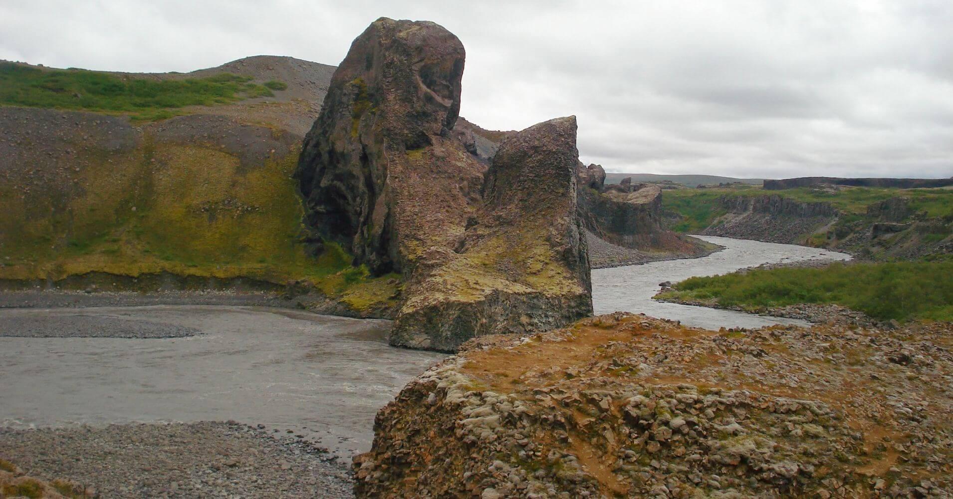 Cañón Asbirgy. Jökulsargljufur en Islandia.