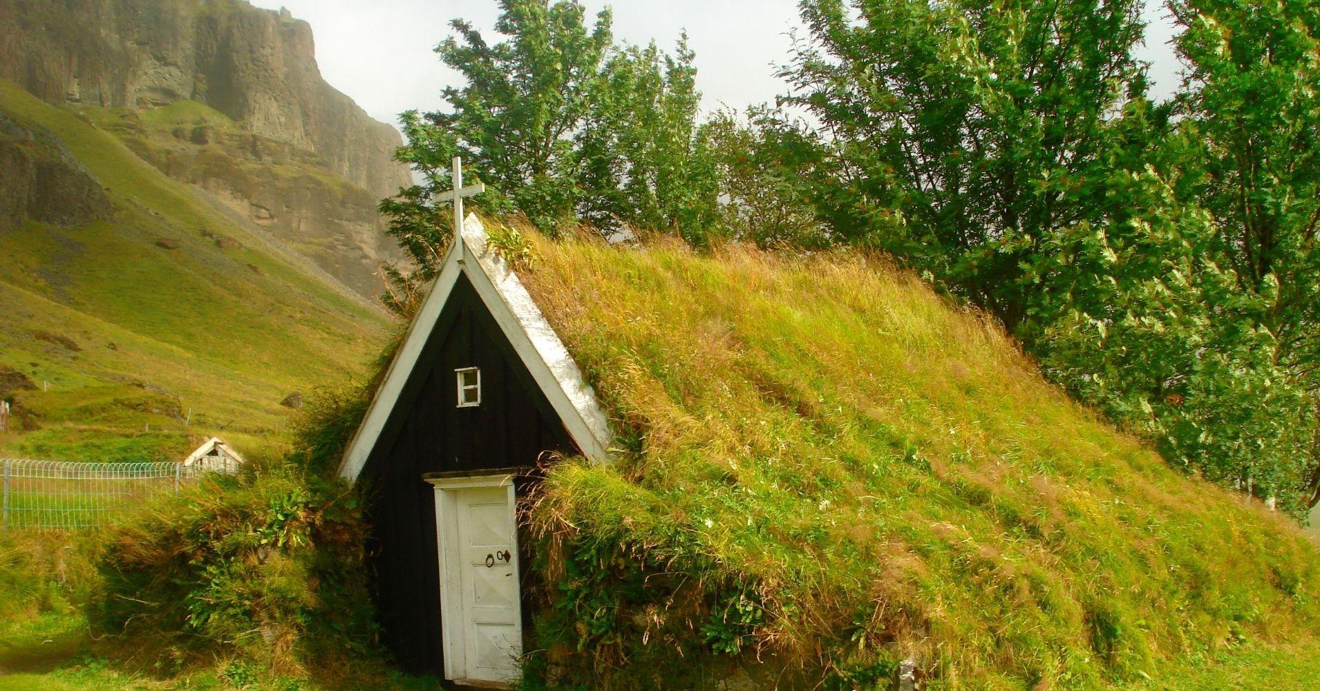 Capilla de Nupsstadurskaftafell. Belleza Natural Road Trip por Islandia.