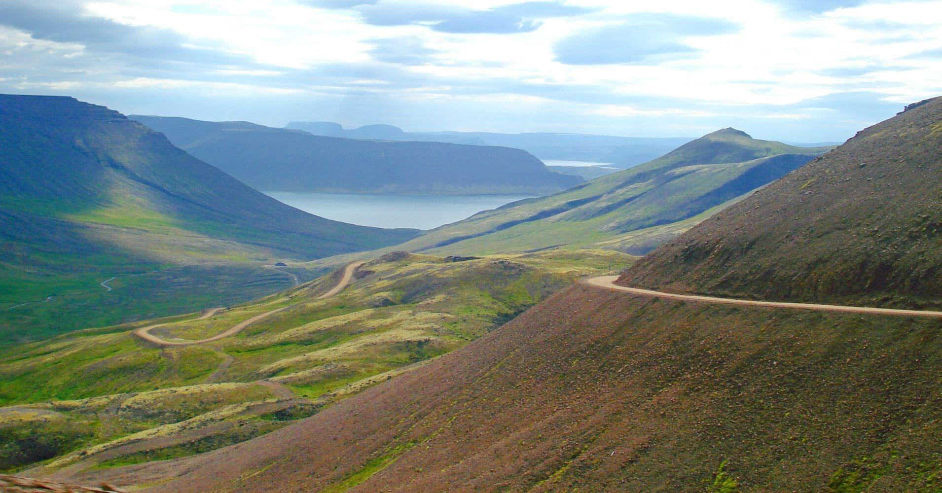 Carretera Vestfirðir. Fiordos del Oeste. Ísafjörður. Islandia.