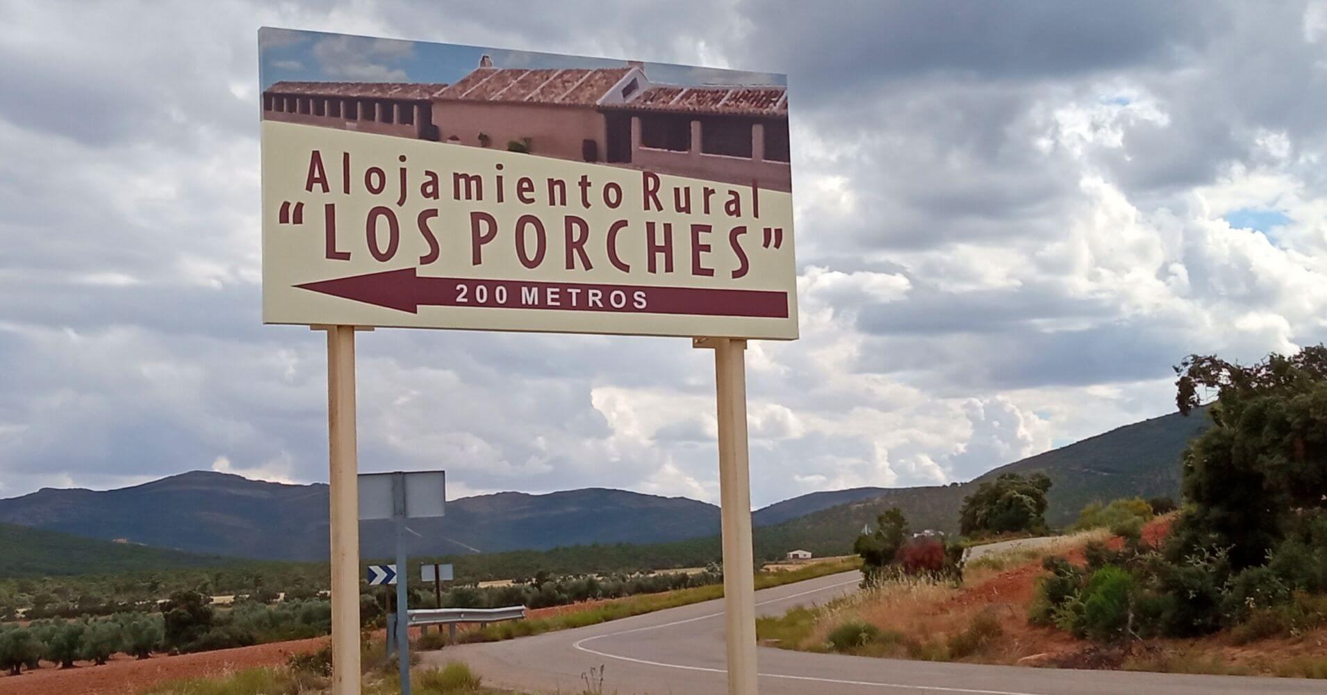 Cartel Casa Rural Los Porches. Sierra de Madridejos. Montes de Toledo. Madridejos, Toledo. Castilla La Mancha.