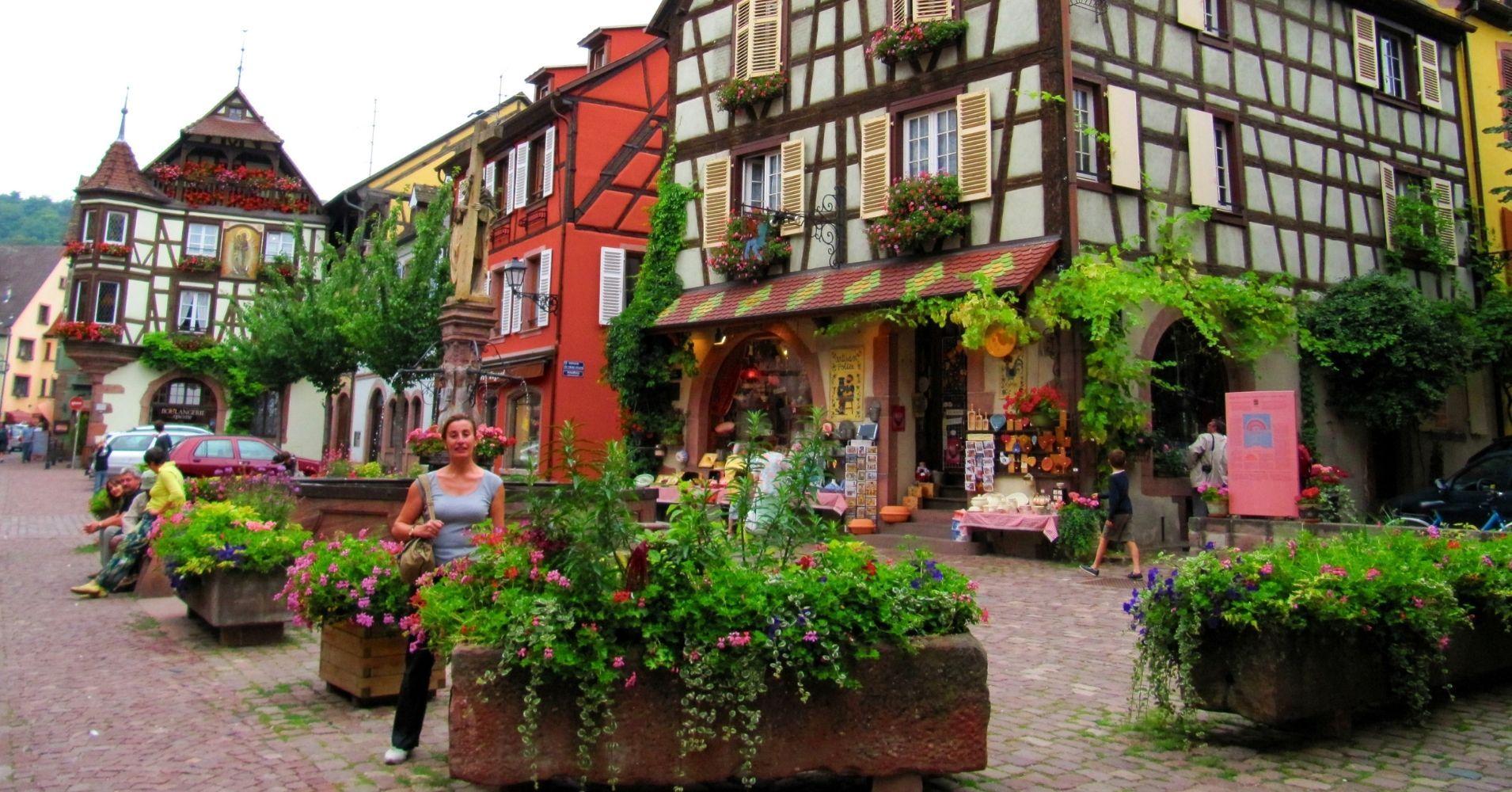 Casas Típicas de Kaysersberg. Alsacia. Alto Rin. Gran Este. Francia.