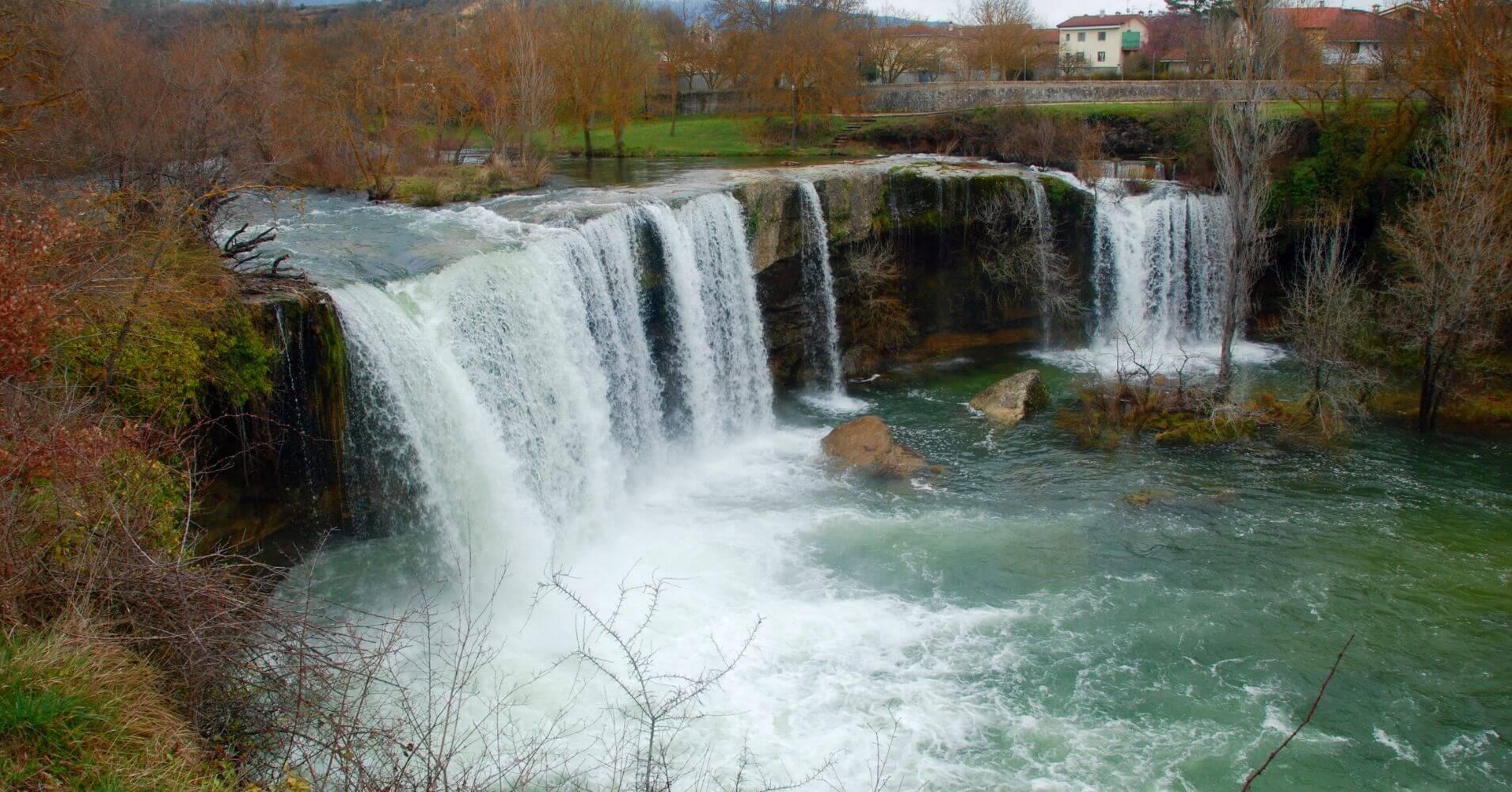 Cascada del Peñón. Pedrosa de Tobalina. Las Merindades. Burgos.
