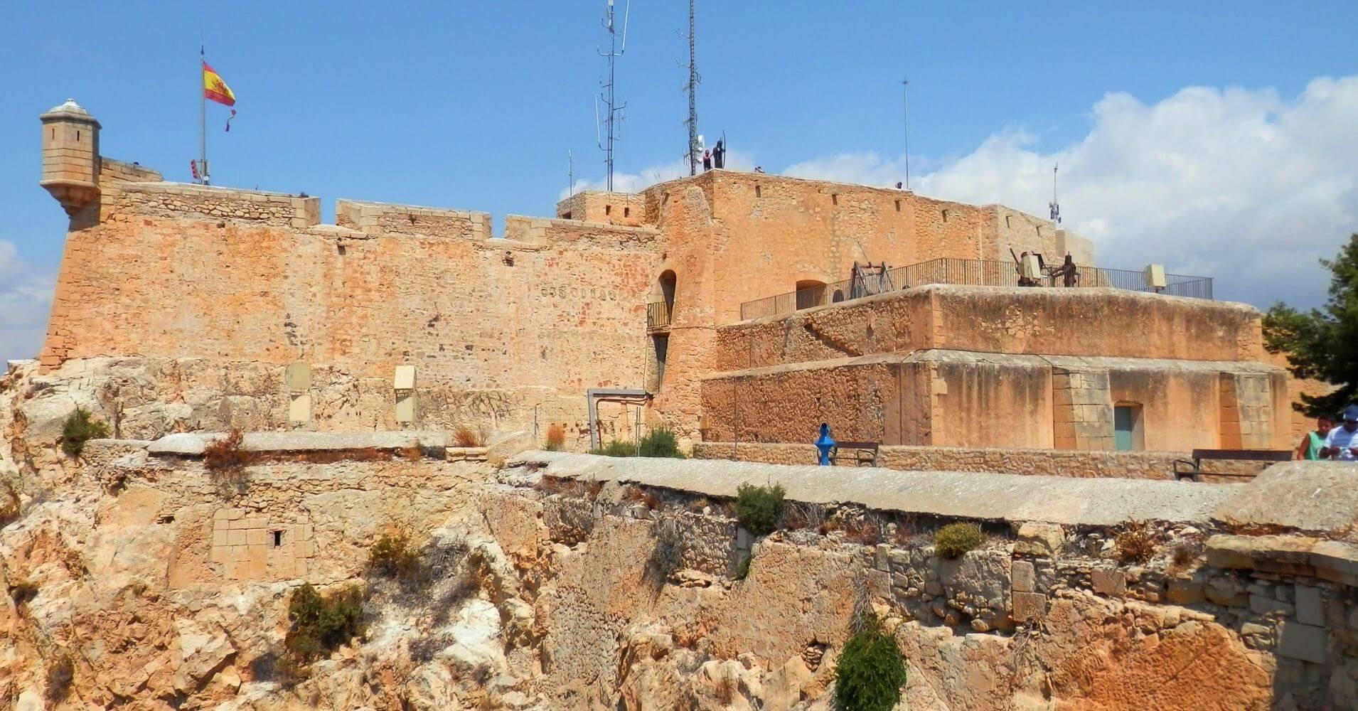Castillo de Santa Bárbara. Alacant El Hito Blanco. Alicante. Comunidad Valenciana.