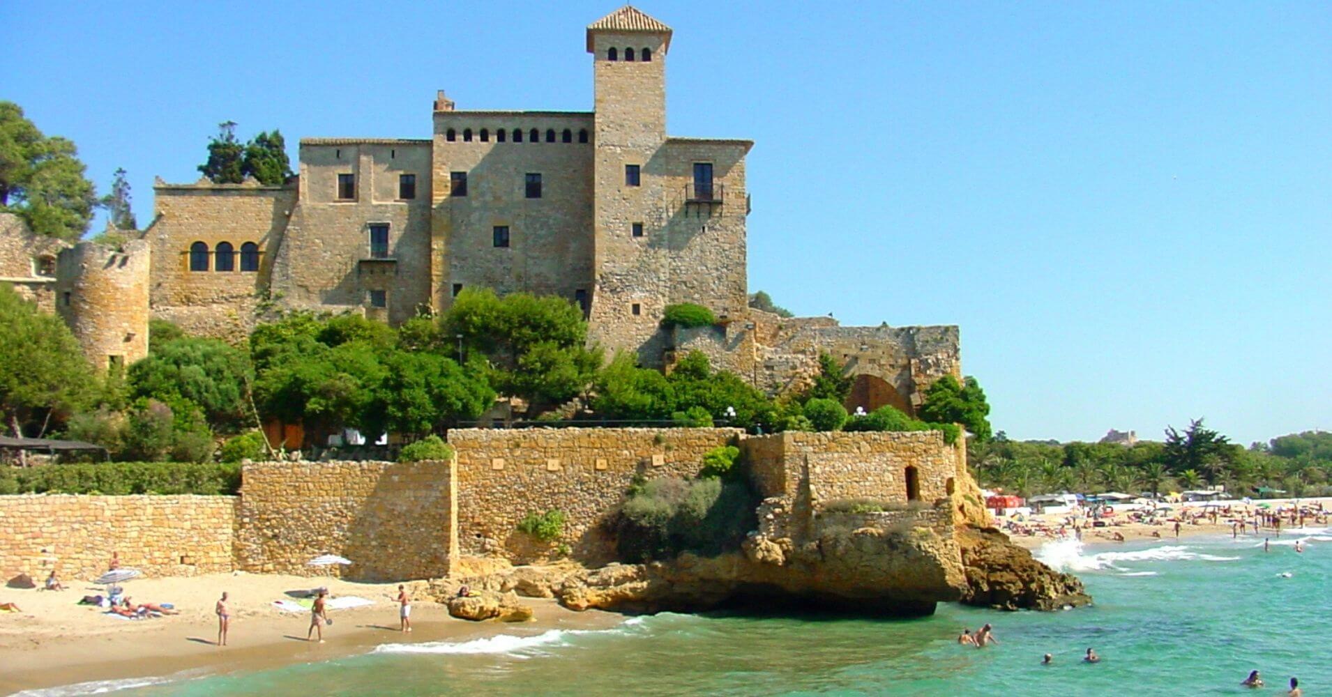 Castillo de Tamarit. Tarragona, Cataluña. España.