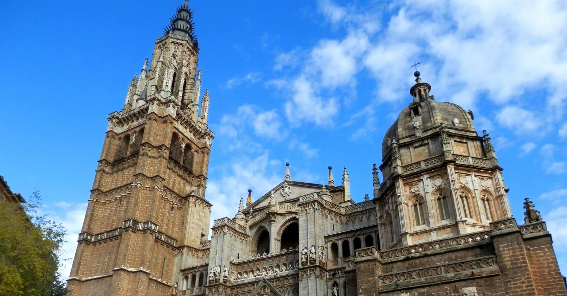 Catedral de Toledo. Castilla la Mancha. Puerta de Valmadón. Toledo un Viaje en el Tiempo.
