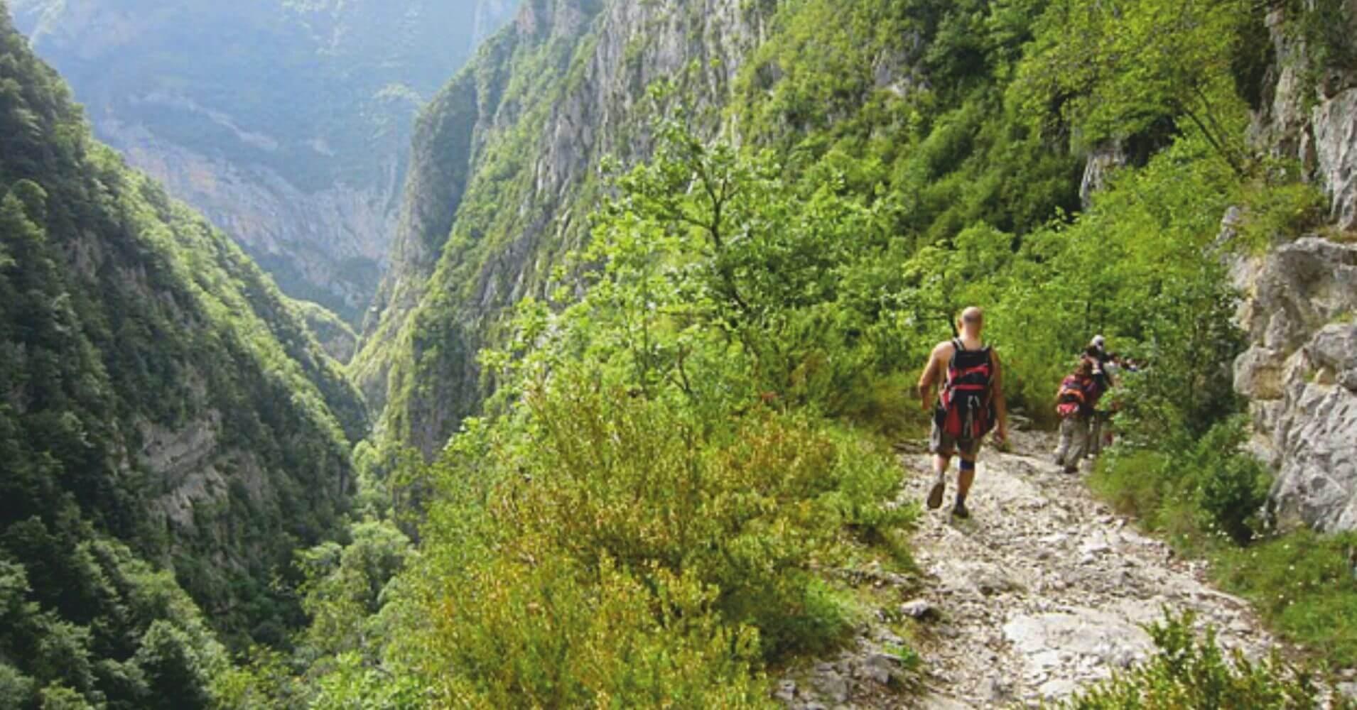 Chemin de la Mâture en Valle de Aspe. Etsaut, Pirineos Atlánticos. Nueva Aquitania. Francia.