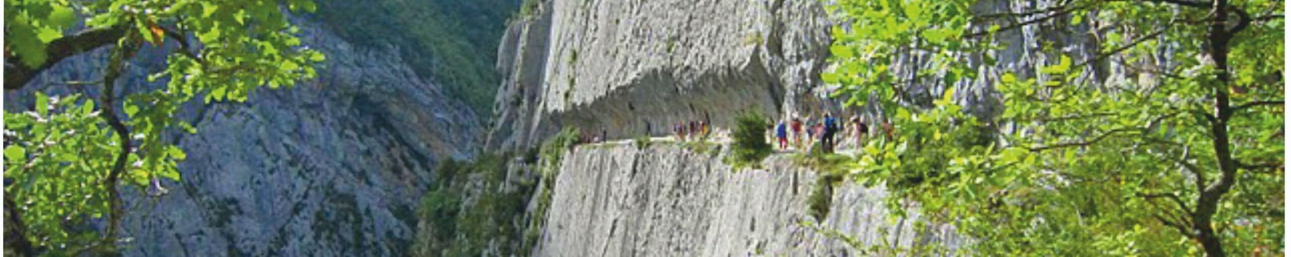 Chemin de la Mâture. Valle de Aspe. Etsaut. Pirineos Atlánticos. Nueva Aquitania. Francia.