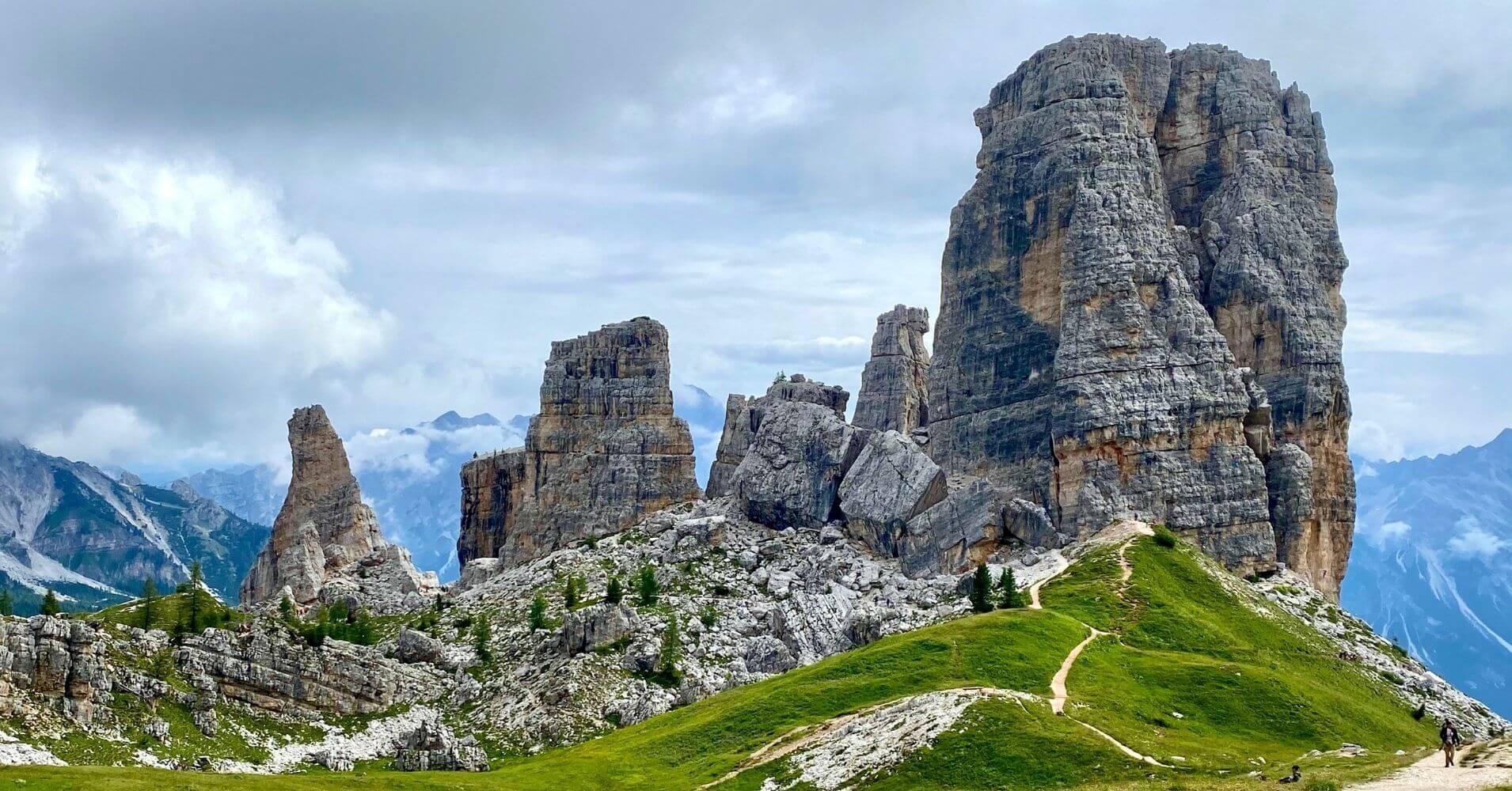 Cinque Torri, Cinco Torres. Corina d' Ampezzo. Dolomitas, Belluno. Véneto. Italia.