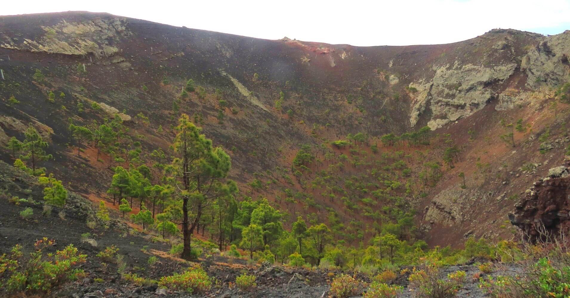 Cráter del Volcán de San Antonio. La Palma. Islas Canarias.