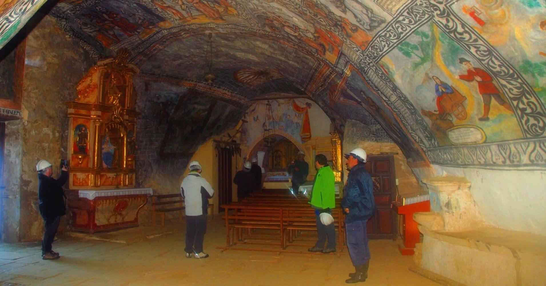 Cueva Ermita de San Bernabé. Sotoscueva, Las Merindades. Burgos. Castilla y León.