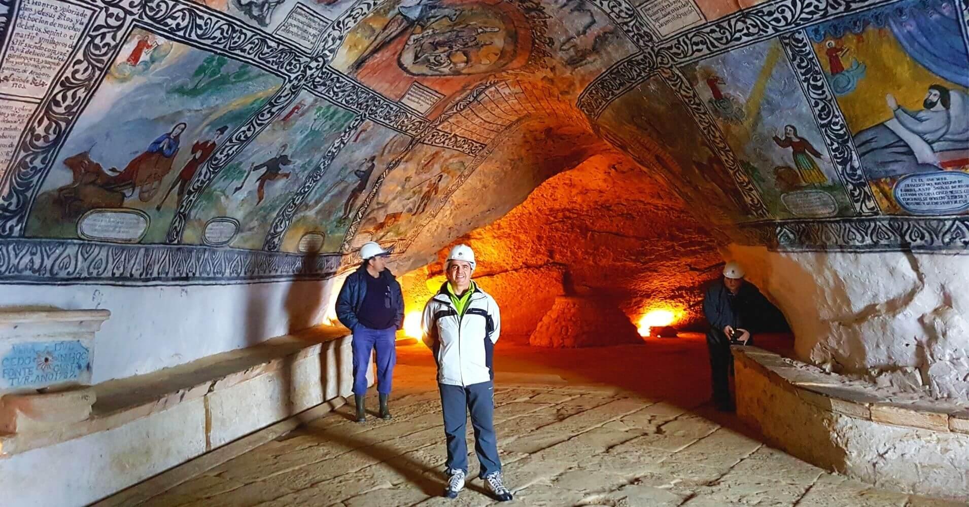 Cueva Ermita de San Bernabé y San Tirso. Sotoscueva. Las Merindades, Burgos. Castilla y León.