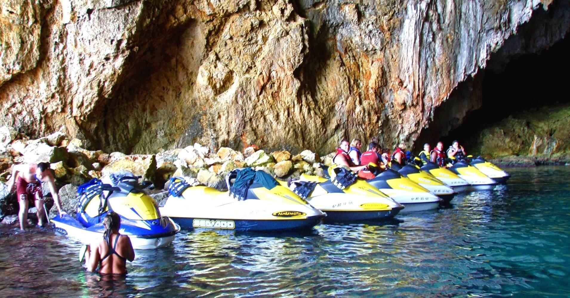 Cuevas del Cabo de la Nao. Alicante, Jávea. Comunidad Valenciana.