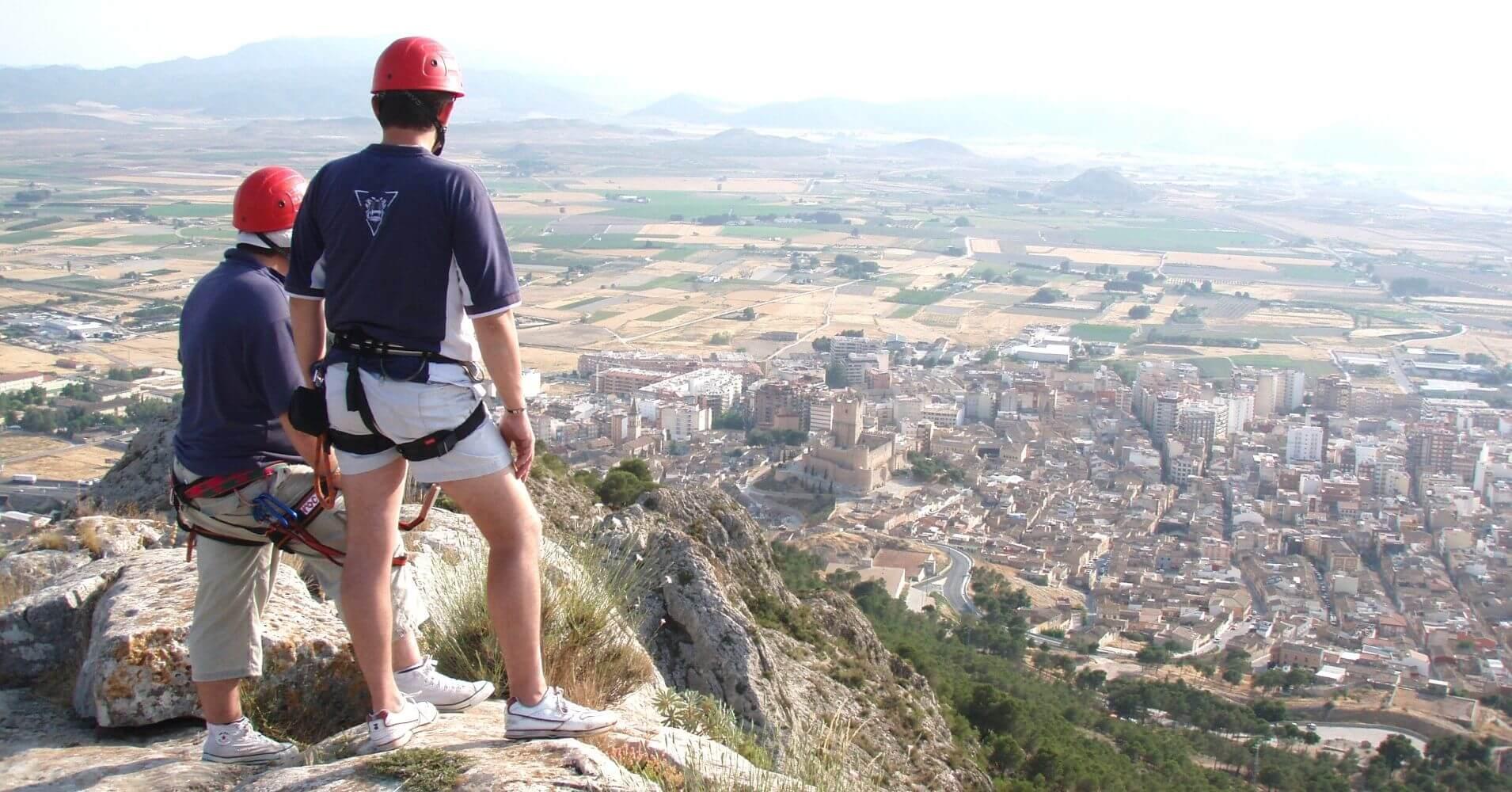 Cumbre de la Ferrata Castillo de Salvatierra. Villena, Alicante. Comunidad Valenciana.