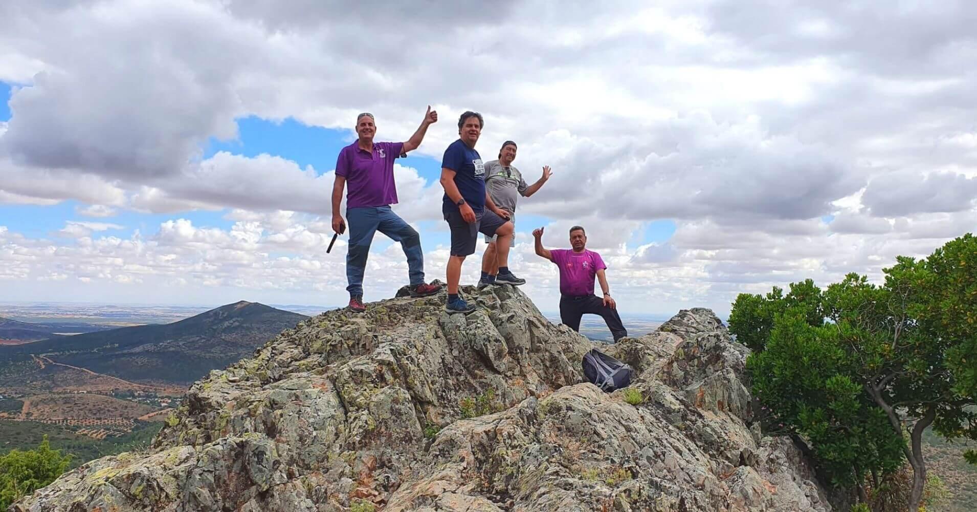 Cumbre en la Sierra Calderina y Pico Chupadero. Montes de Toledo. Madridejos, Toledo.