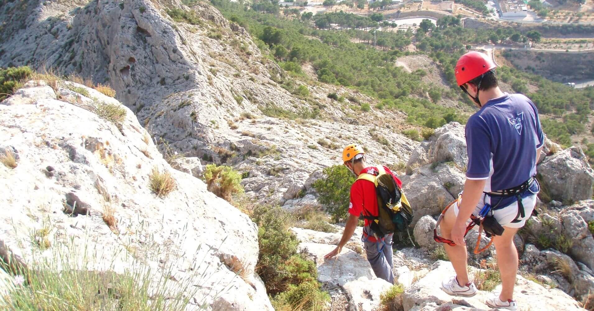 Descenso de la Vía Ferrata de Villena, Alicante.