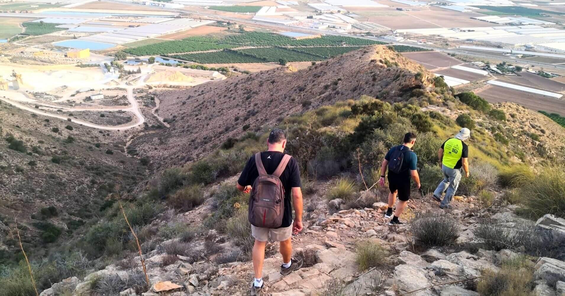 Descenso desde la Cumbre del Cabezo Gordo. Torre Pacheco. Región de Murcia.