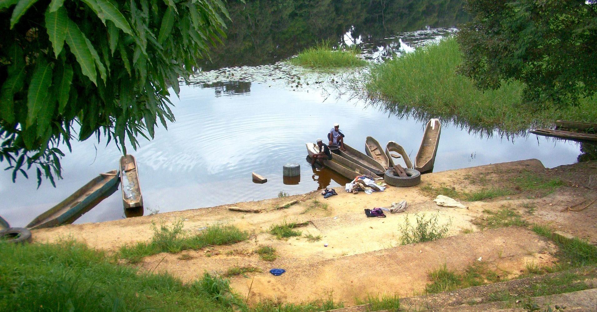 Ebogo Río Nyong. Camerún.