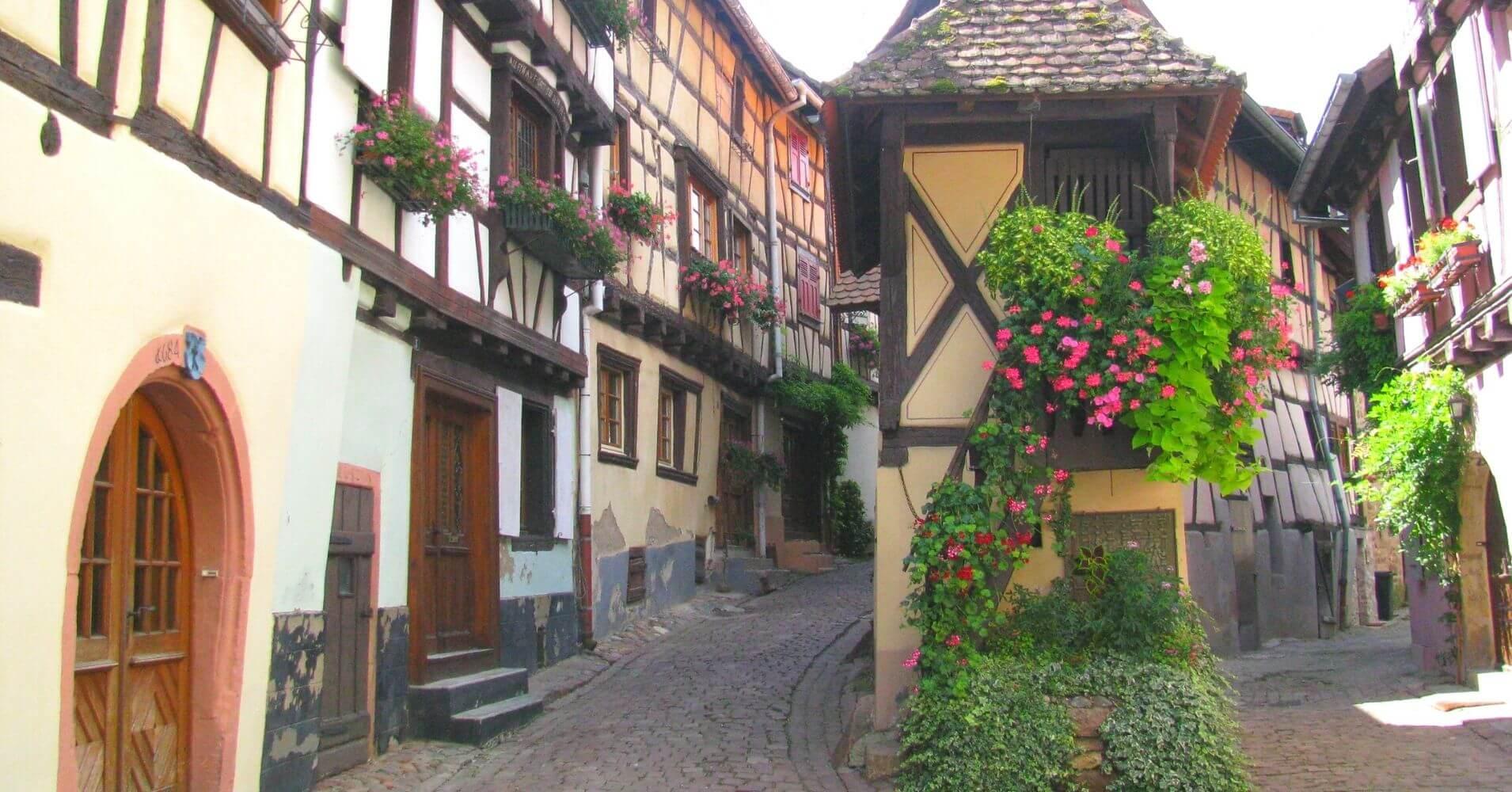 Eguisheim. Alsacia, Alto Rin. Gran Este en Francia.