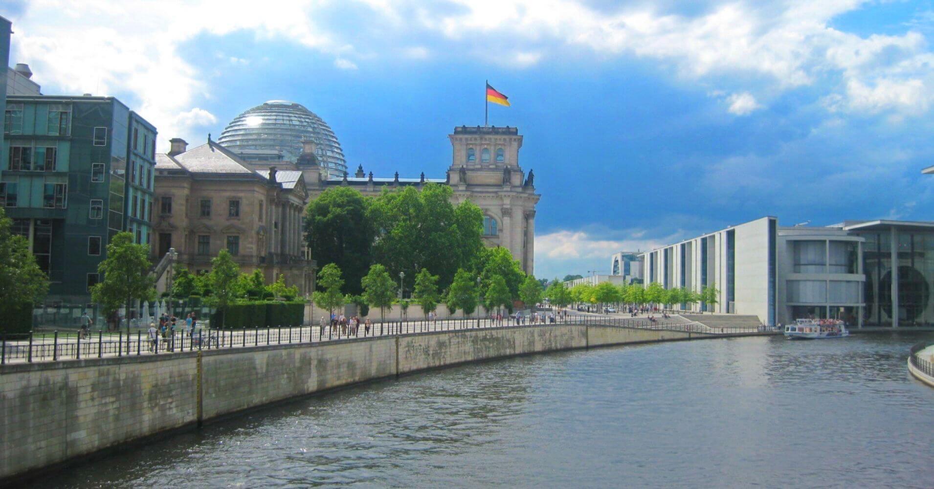 El Edificio del Parlamento. Reichstag. Capital de Alemania.