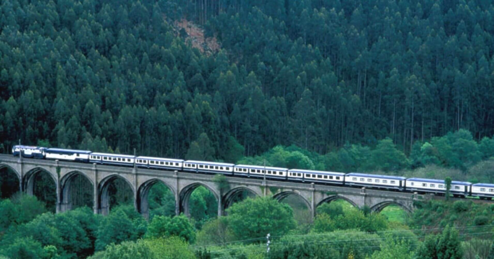 El Transcantábrico. Ferrocarril de lujo del Norte de España.