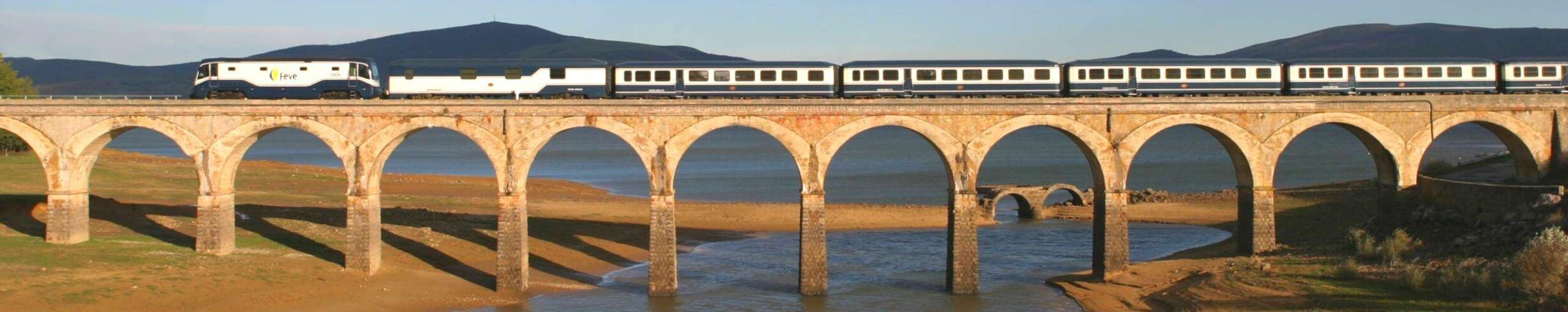 El Transcantábrico. Tren Turístico del Norte de España.