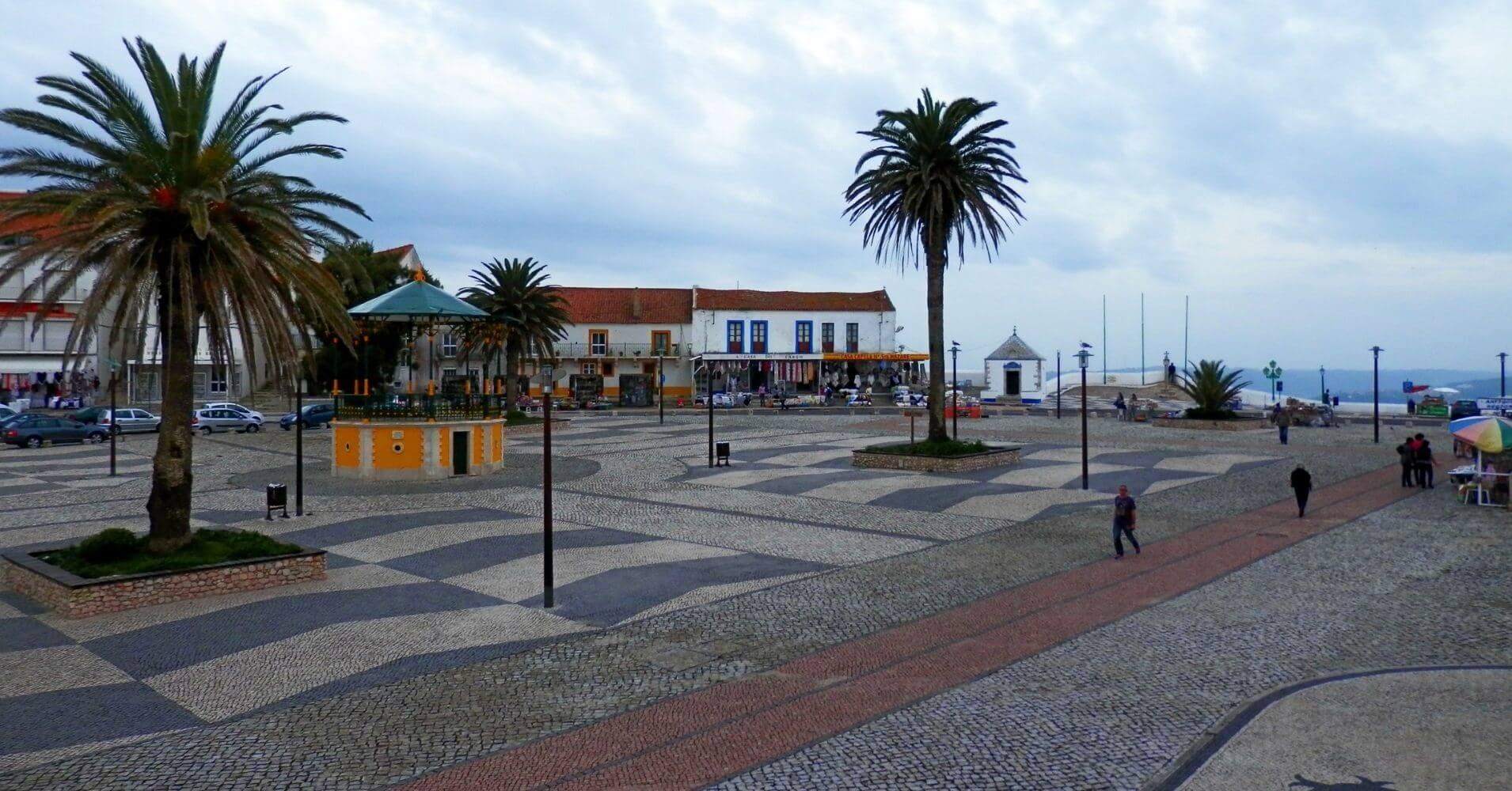 En Nazaré El Sitio de las Olas Gigantes. Portugal.