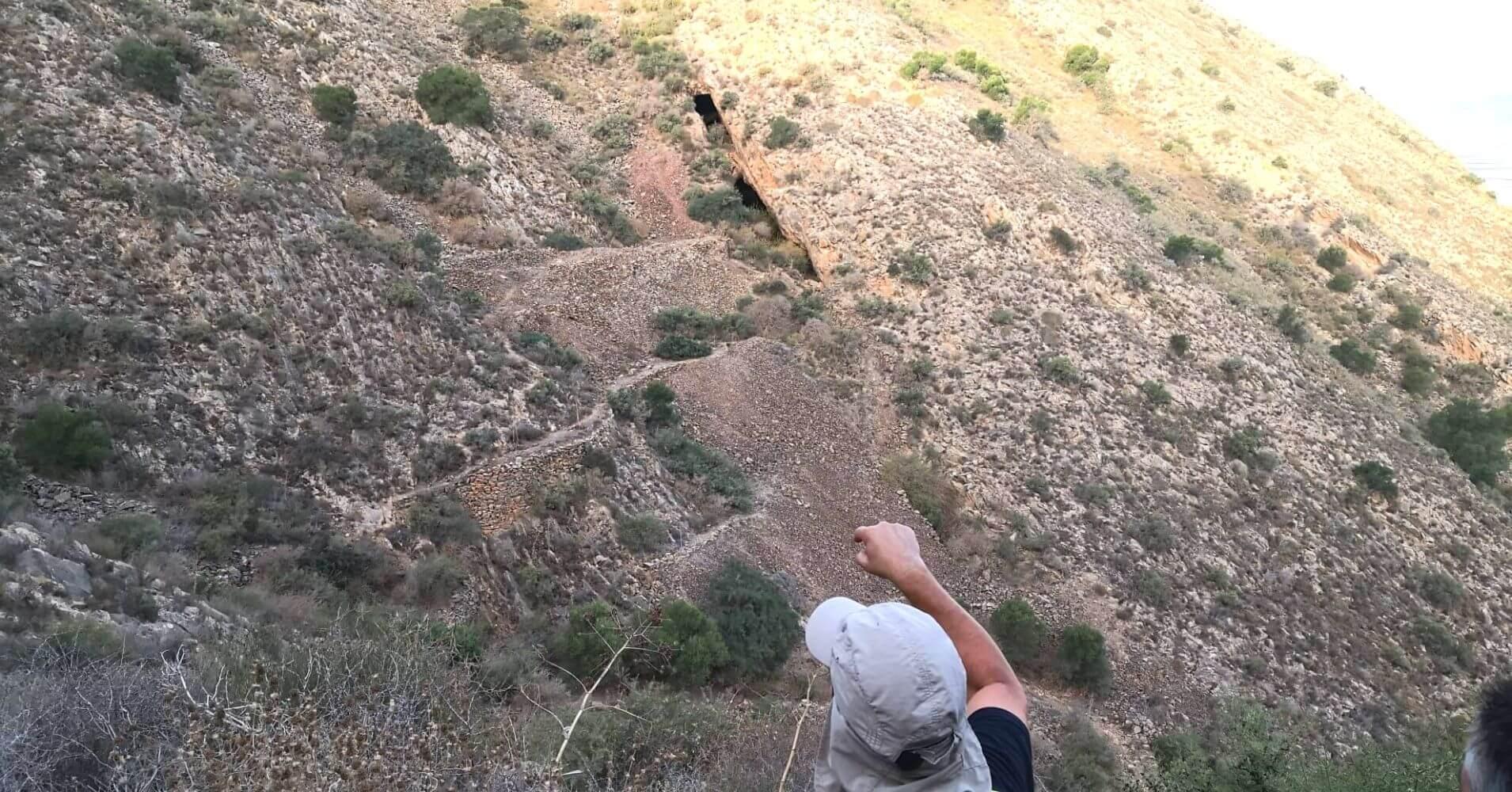 Entrada a la Cueva o Galería de la Veta Minera. Torre Pacheco, Murcia.