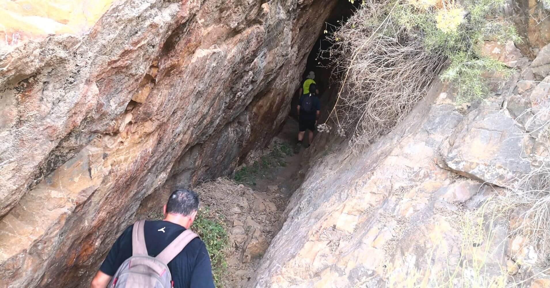 Entrada a la Veta Minera. Galería, Cueva. Torre Pacheco. Murcia.