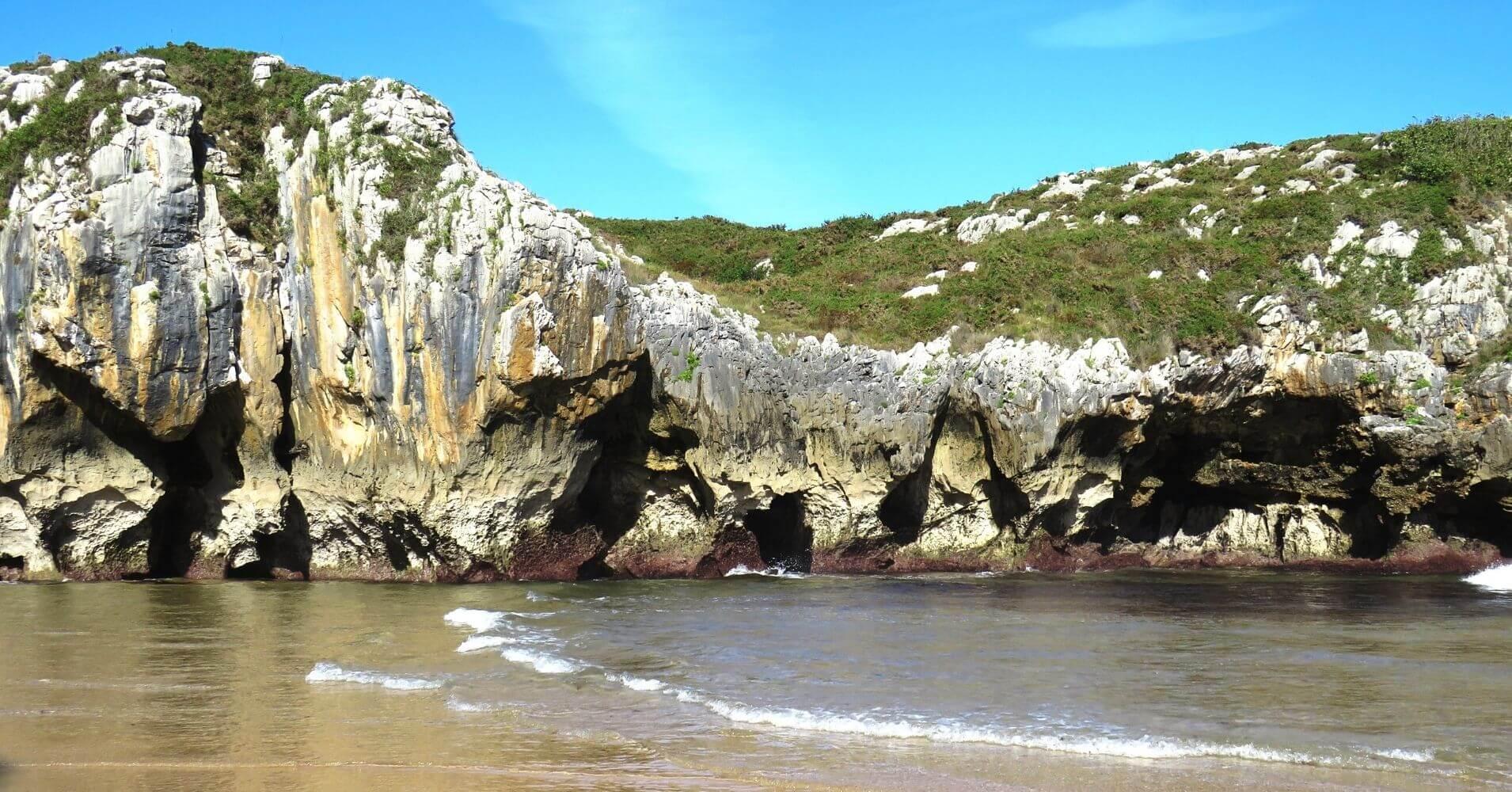Erosión de la Playa de Cuevas del Mar. Nueva.