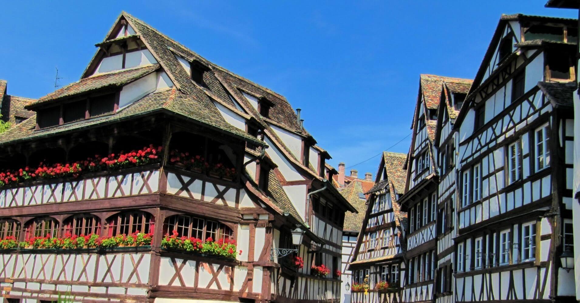 Estrasburgo. Ruta del Vino de Alsacia. Bajo Rin. Gran Este, Francia.