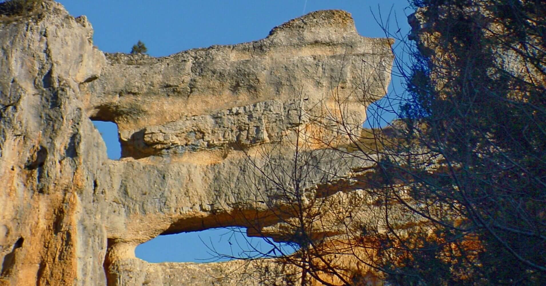Farallones del Balconcillo, Cañón del río Lobos.