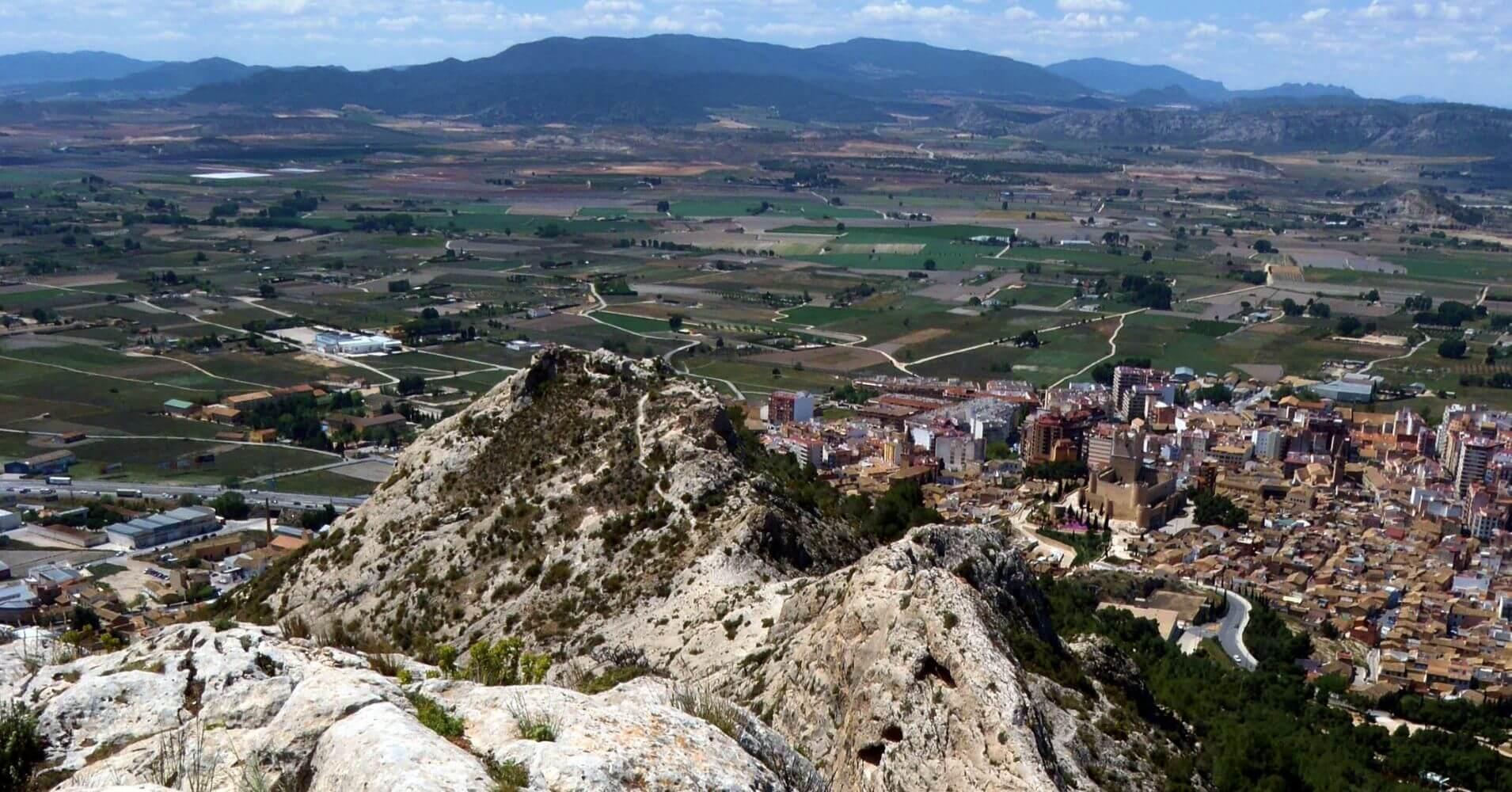 Panorámicas desde la Sierra de la Villa, Alicante. Villena. Comunidad Valenciana.