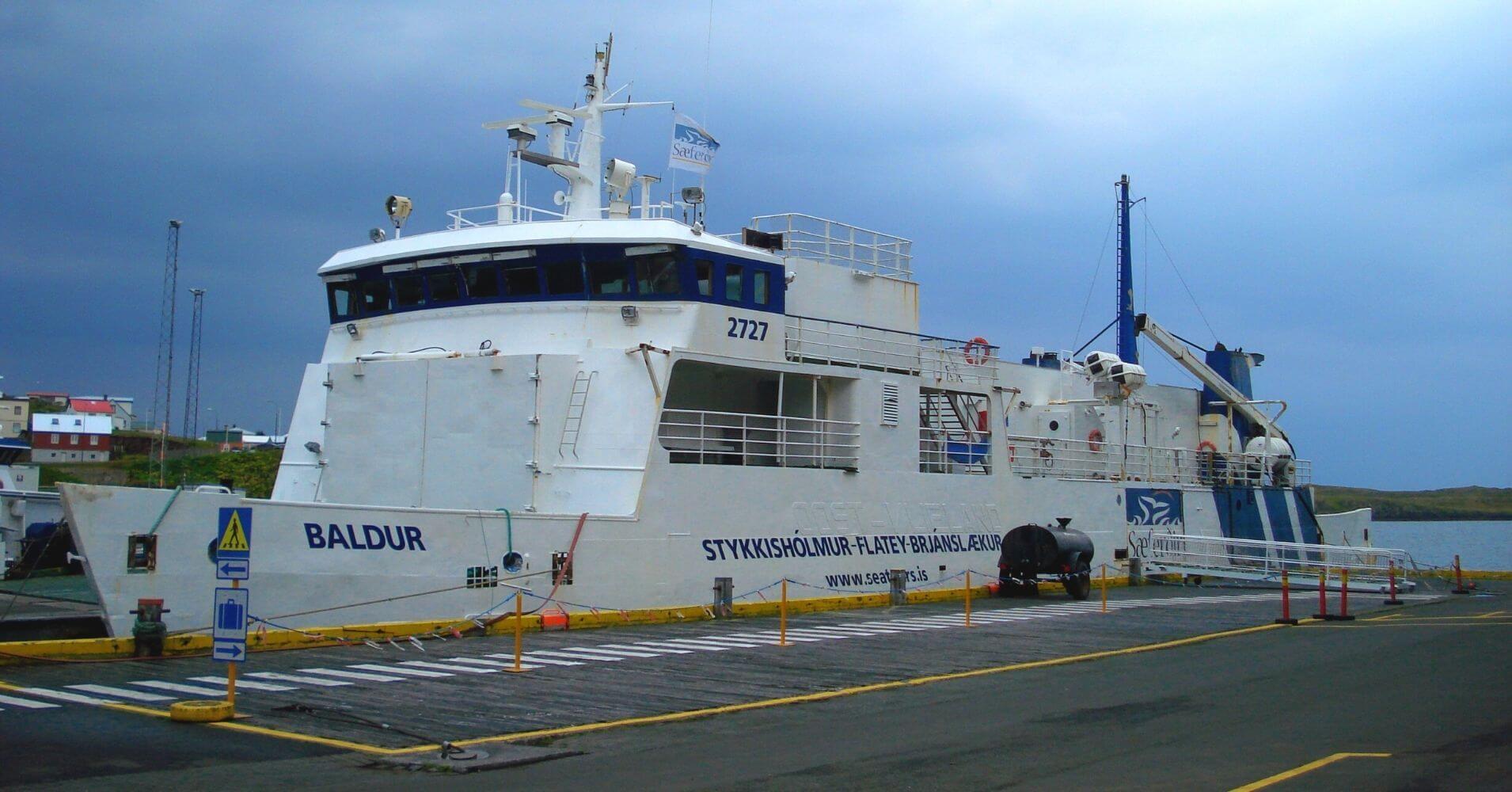 Ferry Baldur. Ísafjörður. Fiordos del Oeste. Vestfirðir, Islandia.