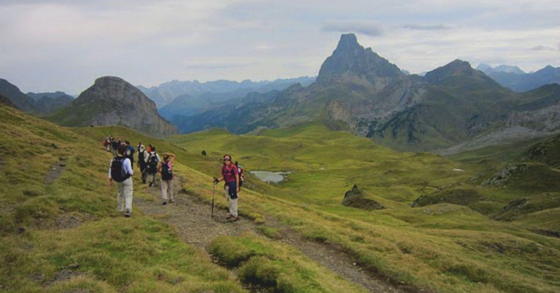 GR 10 y Pico Midi d' Ossau. Nueva Aquitania. Pirineos Atlánticos. Francia.