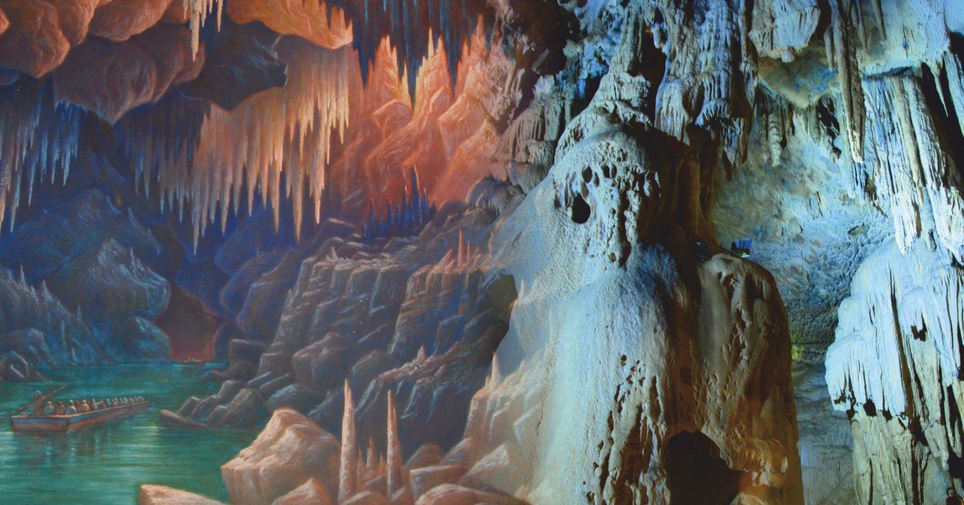 Grabados Antiguos de las Cuevas. Nueva Aquitania y Occitania. Pirineos Atlánticos y Altos Pirineos, Francia.