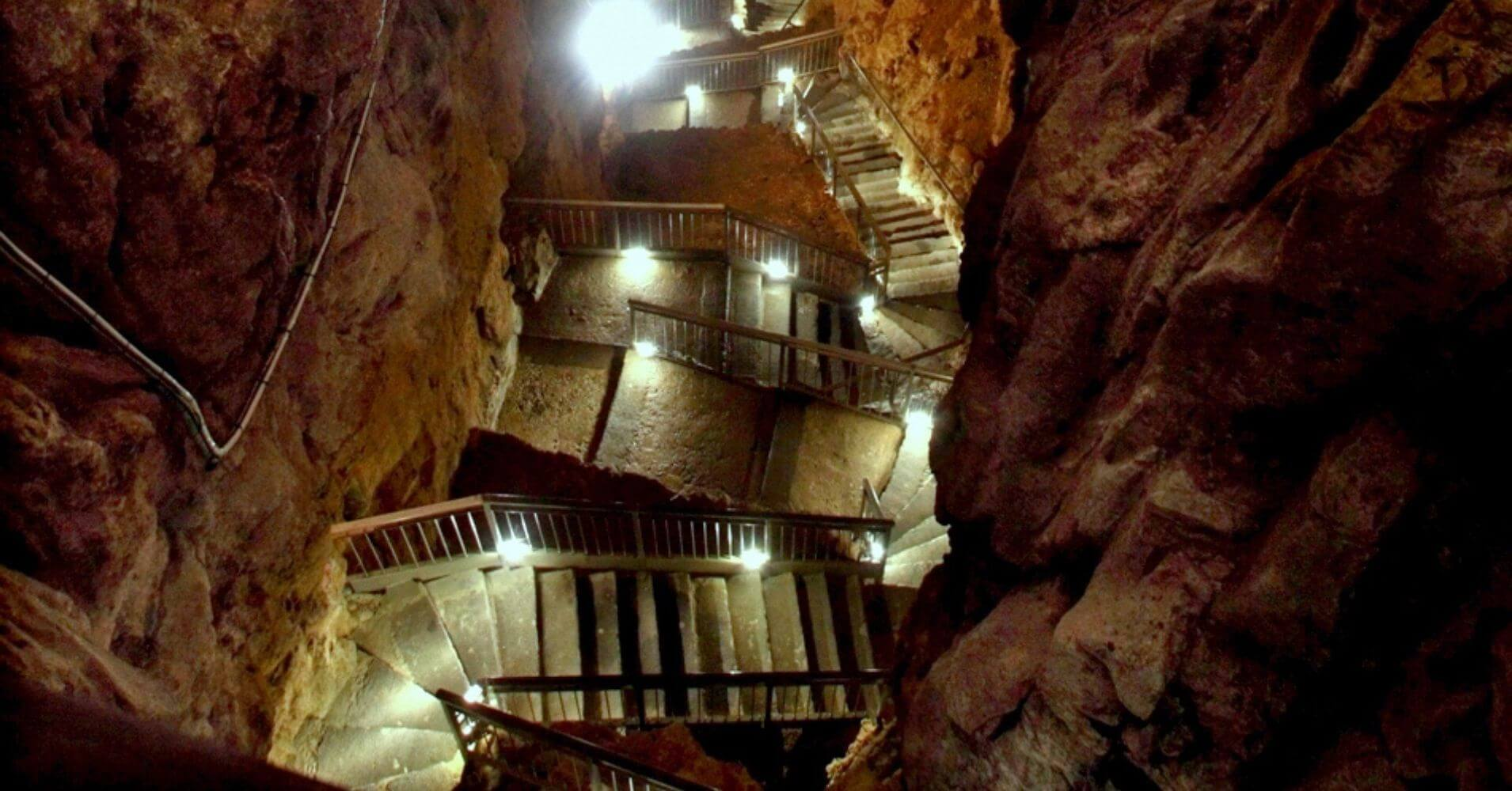 Cueva de Trieste, Friuli-Venecia Julia. Italia.
