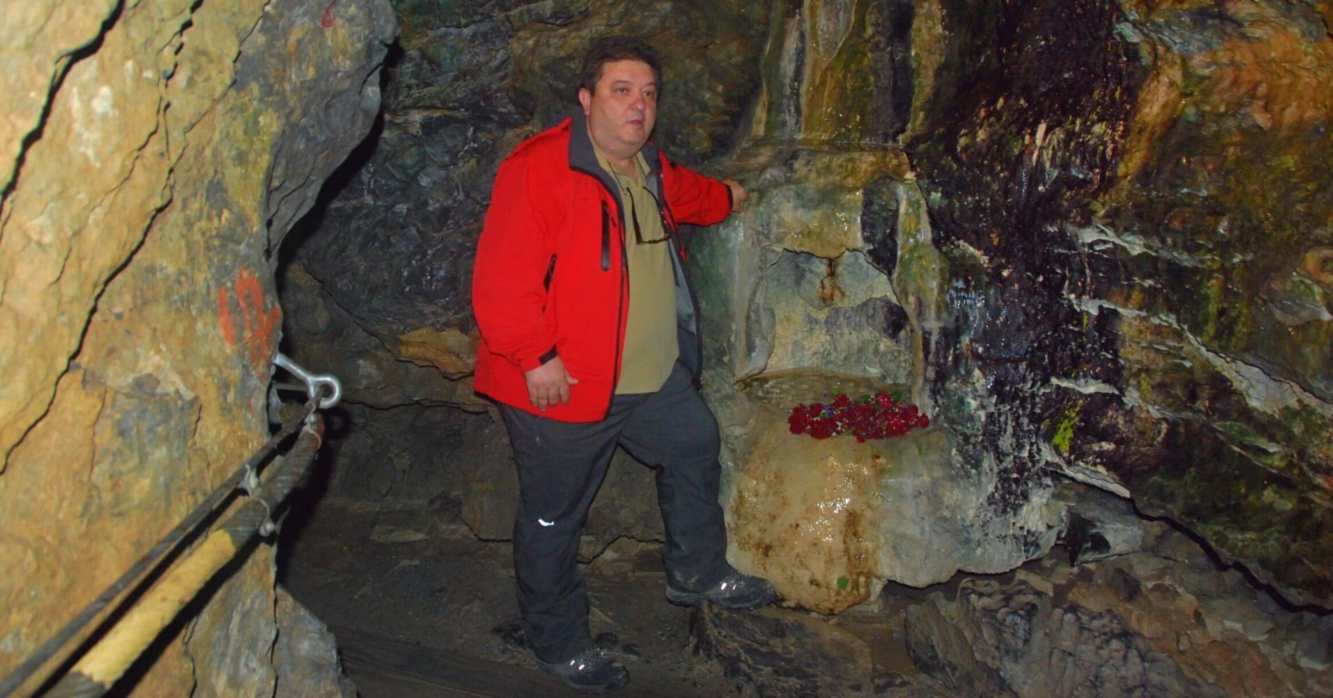 Grotte Aux Fées. Cueva de las Hadas. St. Maurice. Valais, Suiza.