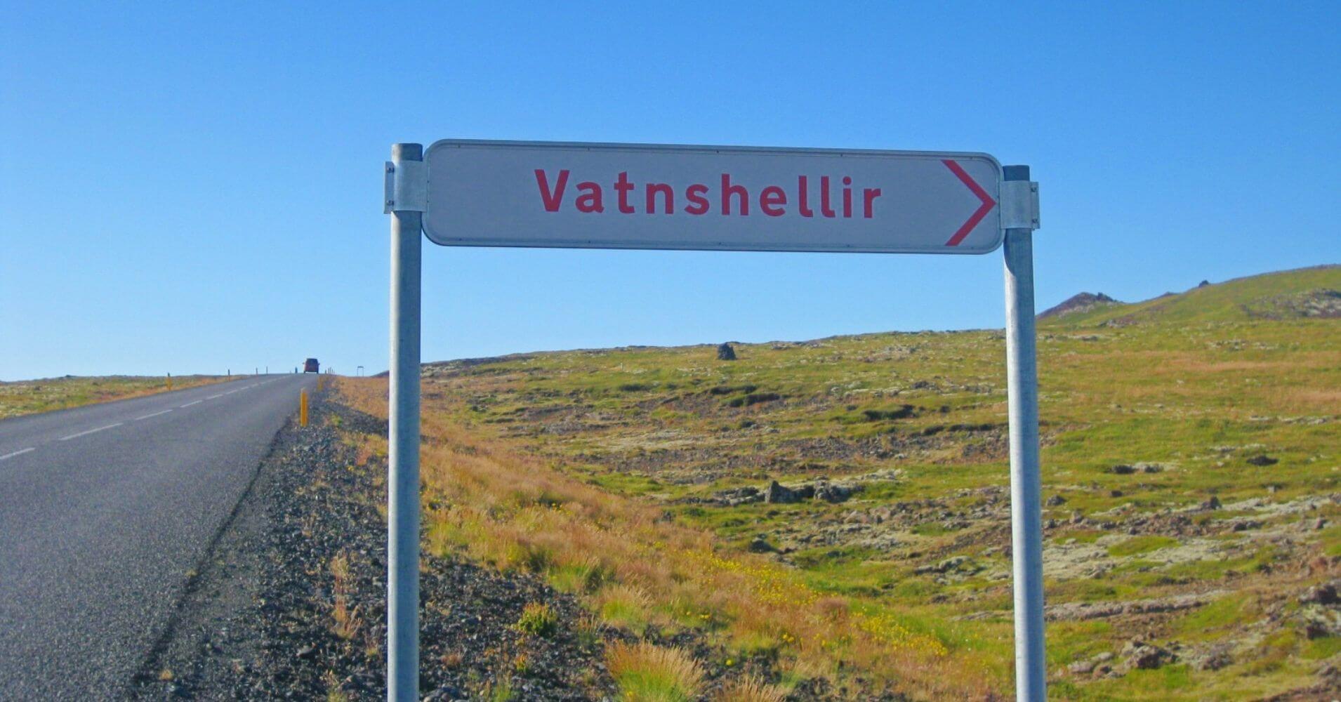 Indicador de dirección. Parque Nacional Snaefells. Hellnar, Vesturland. Islandia.