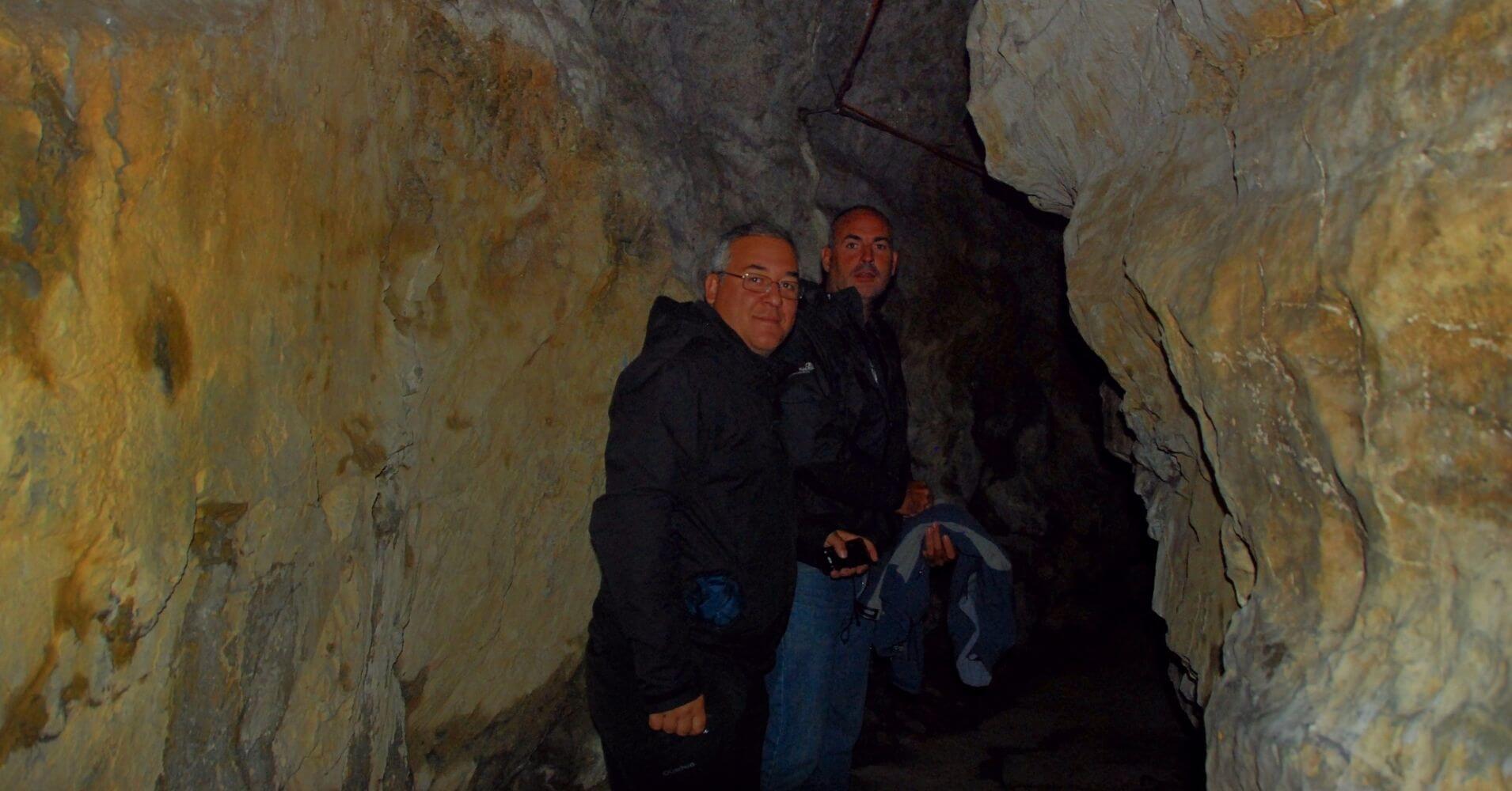 Interior de la Cueva de las Hadas. St. Maurice. Valais, Suiza.