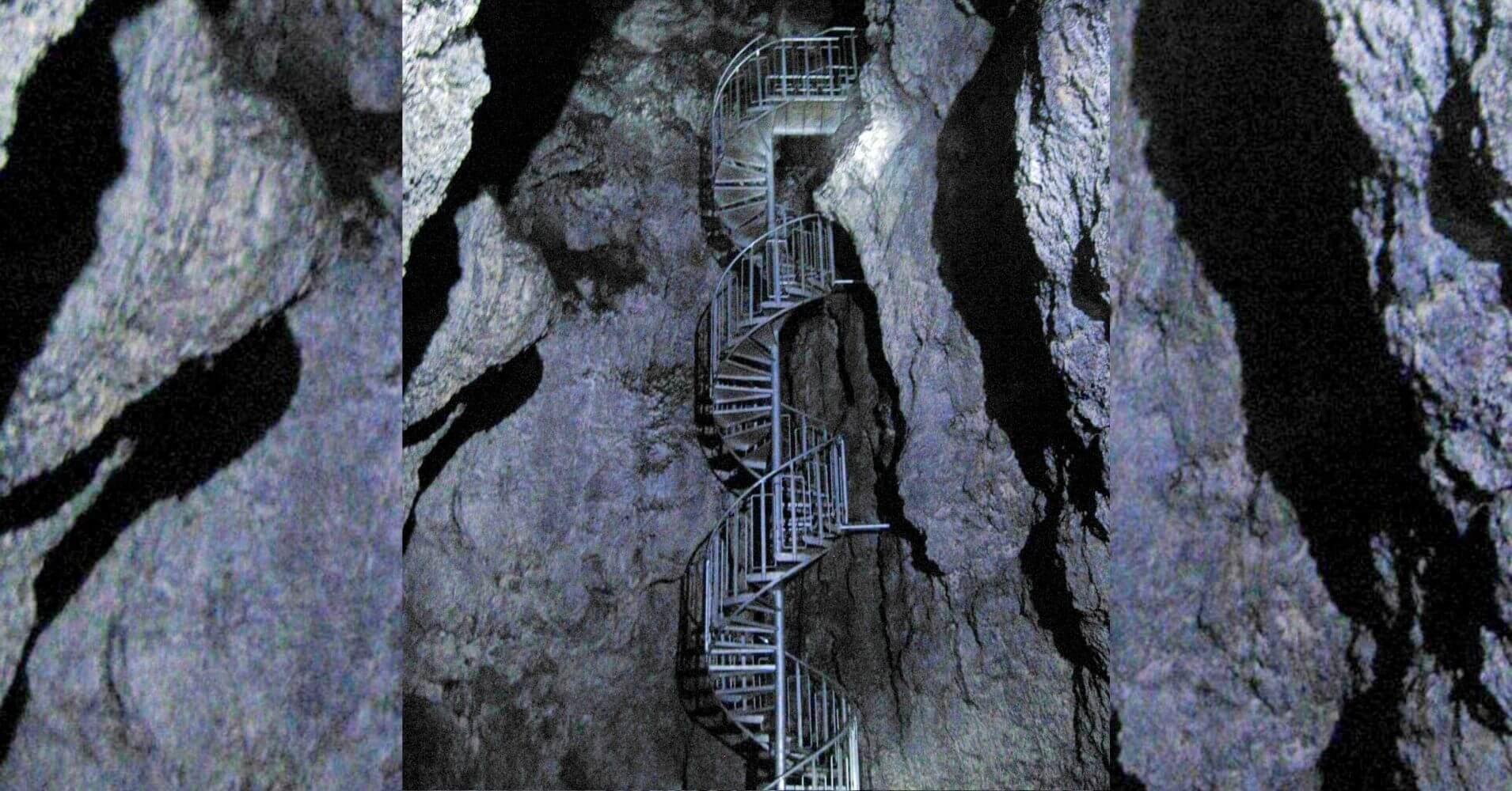 Interior de la Cueva de Vatnshellir. Parque Nacional Snaefells. Hellnar, Vesturland. Islandia.